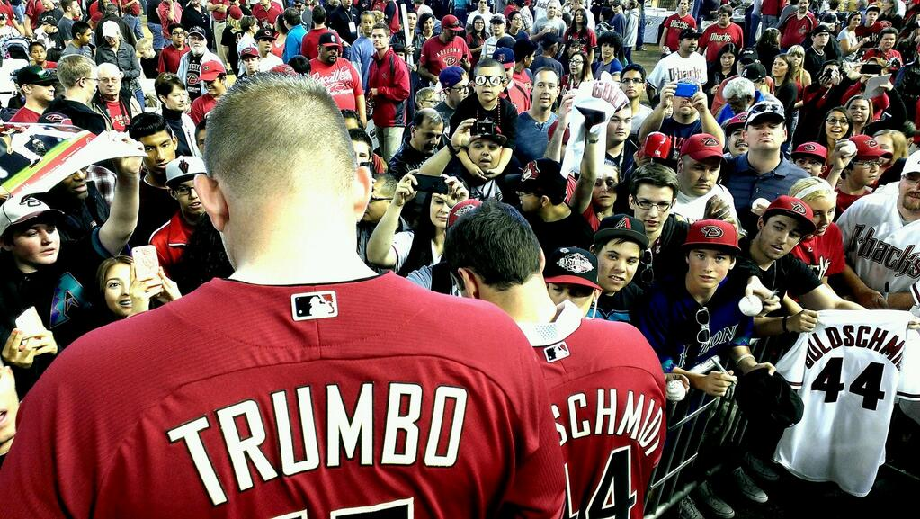 New #Dbacks Dynamic Duo @Mtrumbo44 and Paul Goldschmidt mobbed here by huge turnout at Fan Fest!!