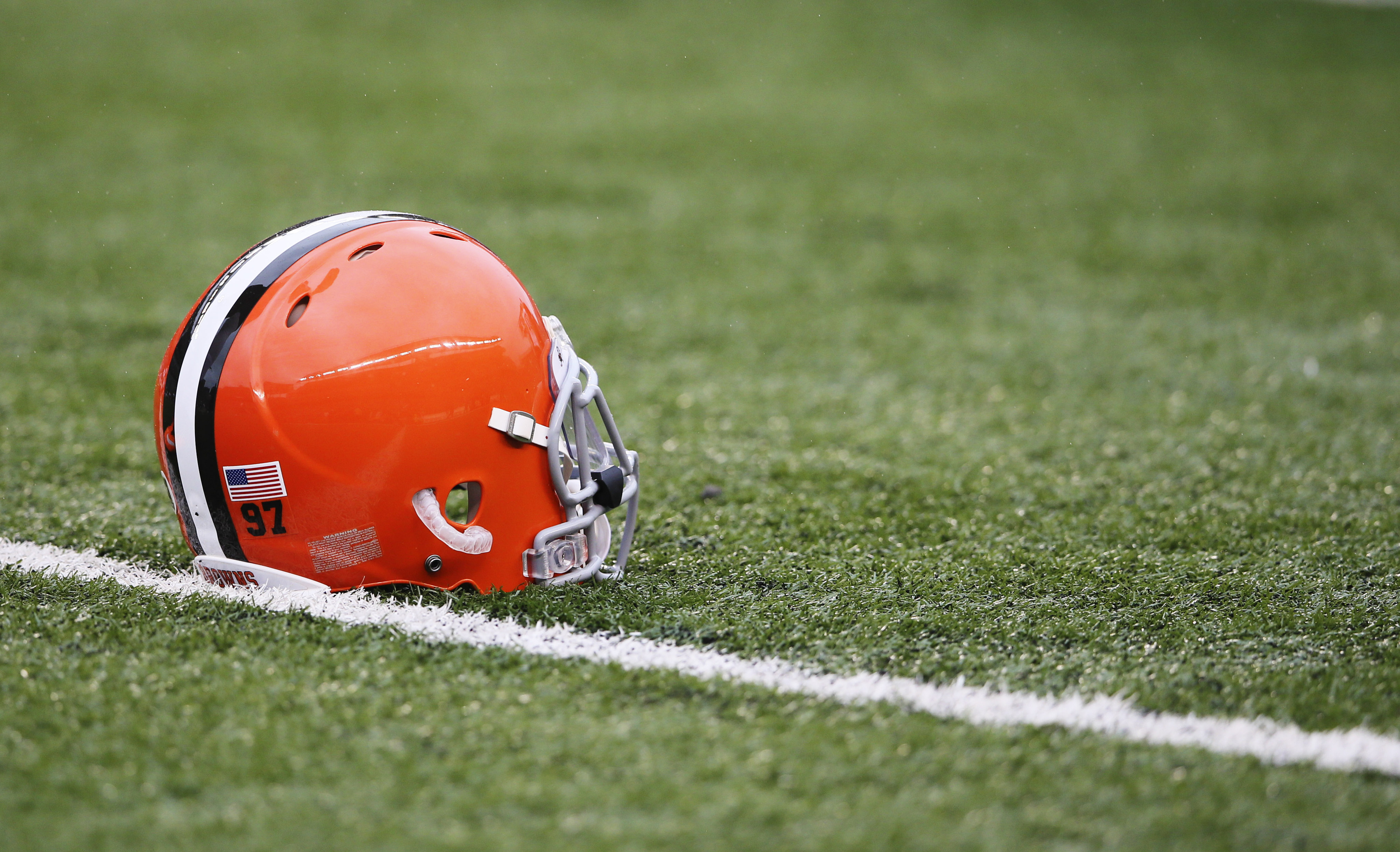 Browns hire Bill Kuharich as assistant GM