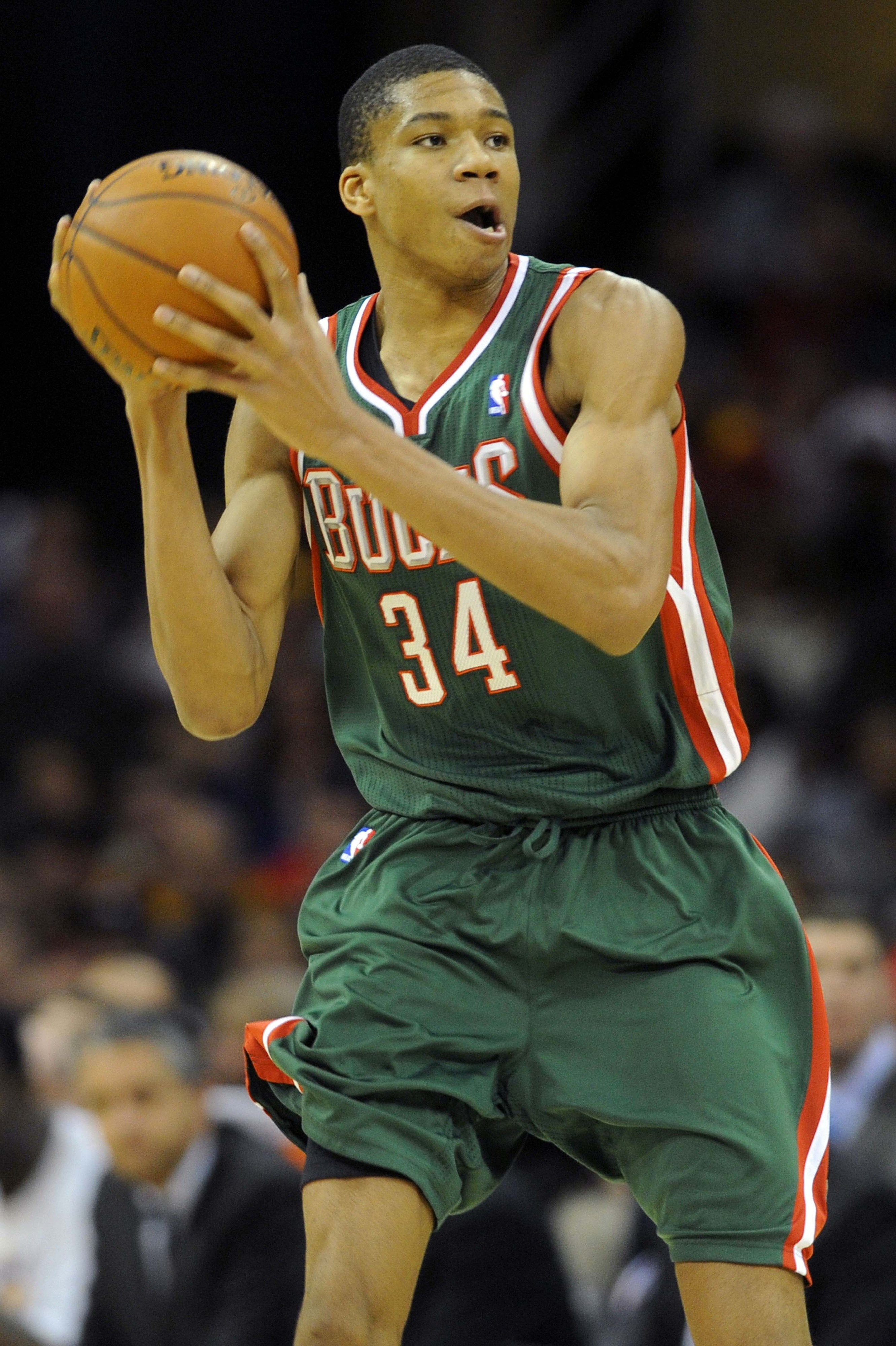 Giannis Antetokounmpo's hands are too huge for standard gloves