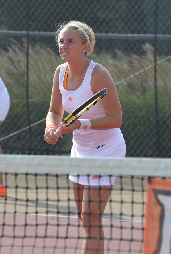 Nikki Chiricosta had a fantastic weekend for the Falcons, tying a program record with her 89th singles victory.
