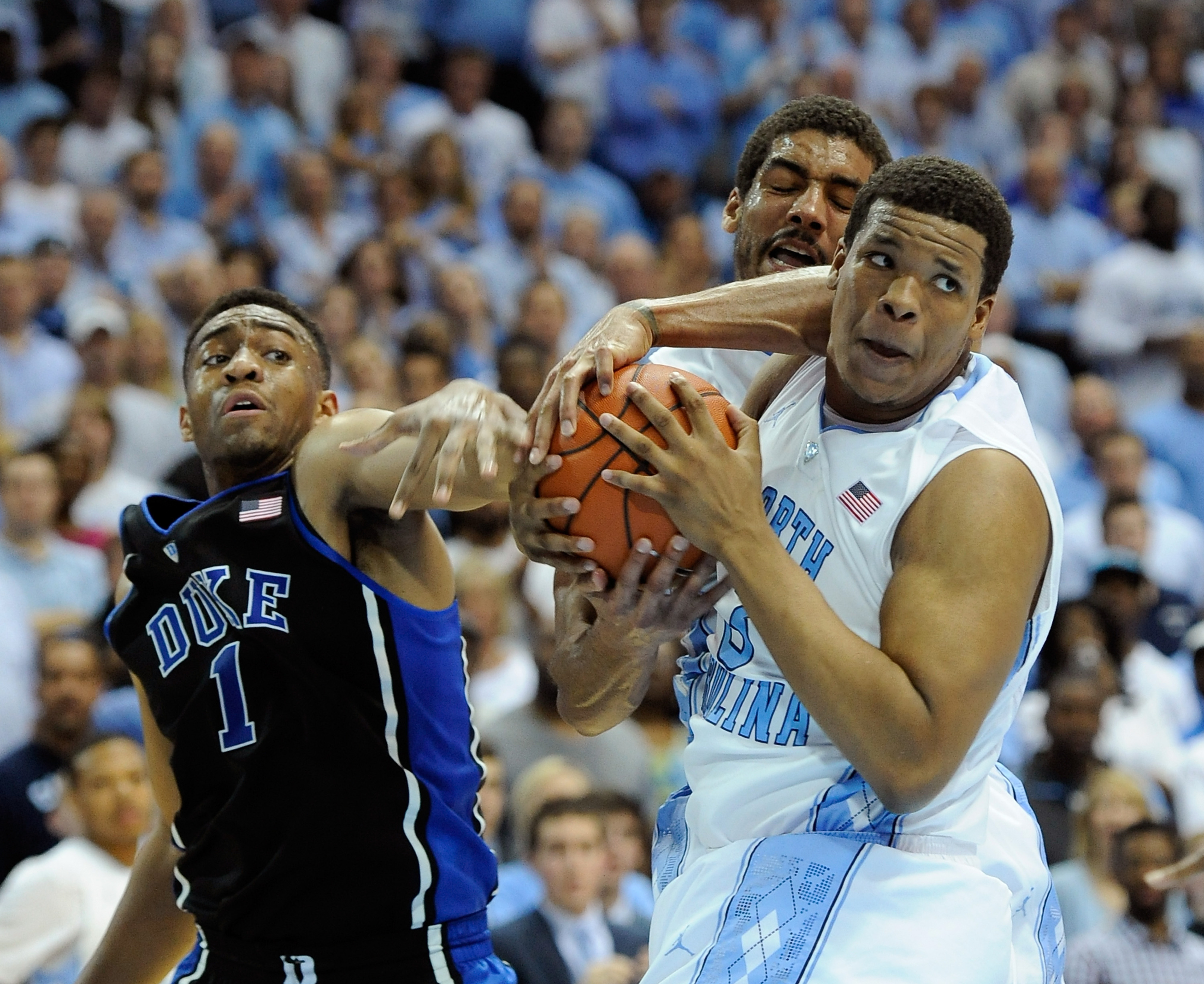 Duke vs. North Carolina: Tar Heels rally past Blue Devils, 74-66