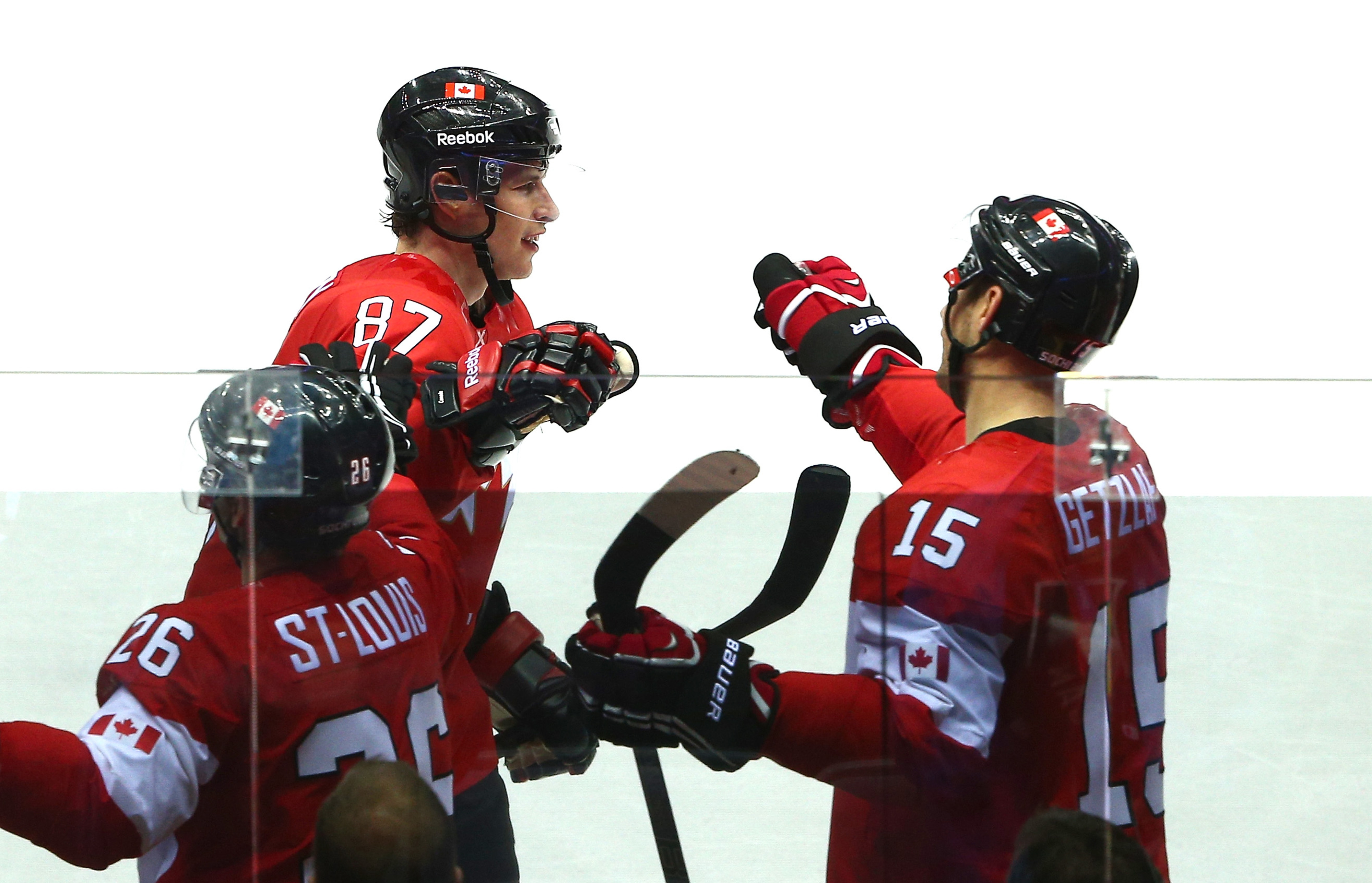Ryan Getzlaf celebrates Sydney Crosby's second period goal.