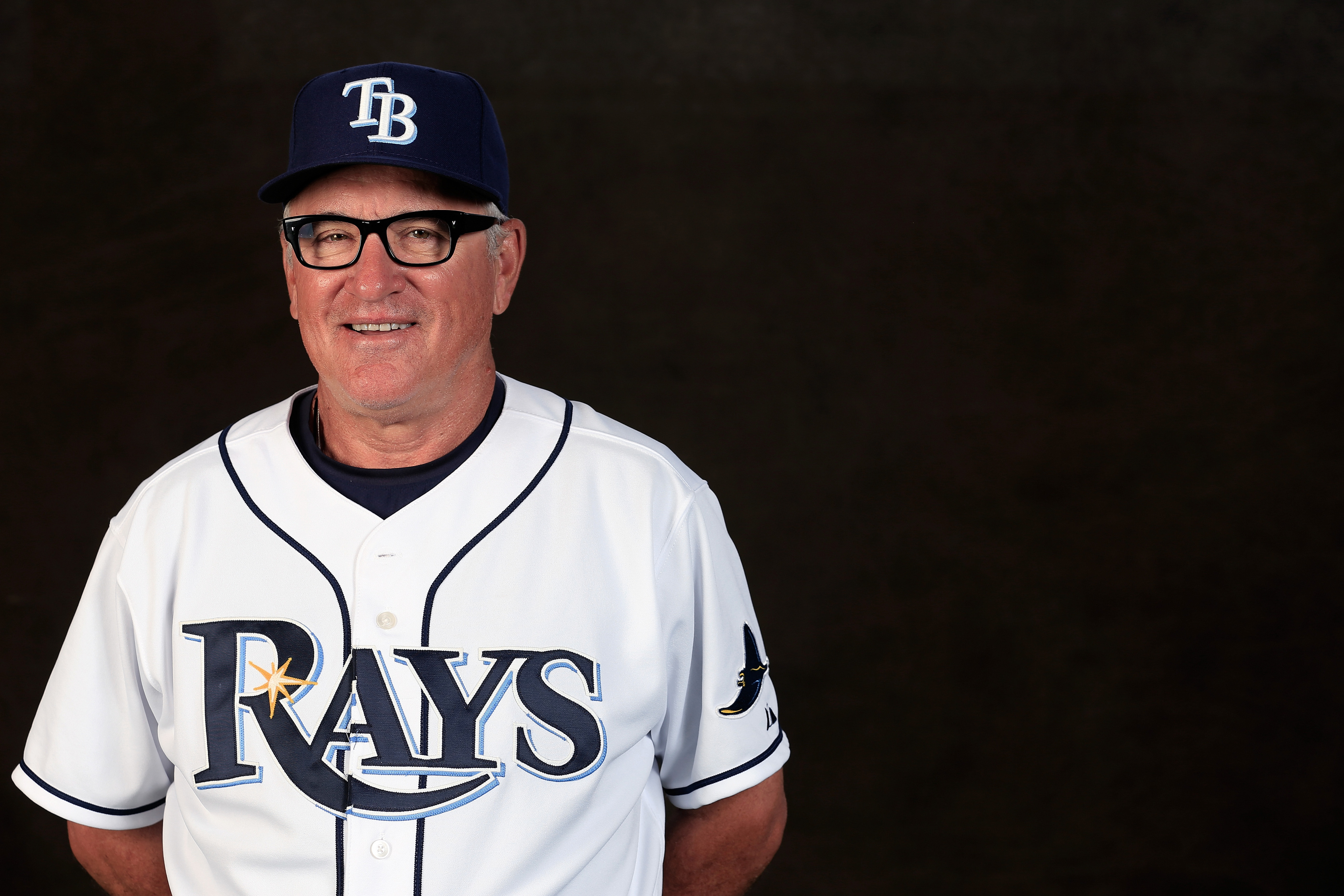 You couldn't crop Maddon into the middle of this picture?