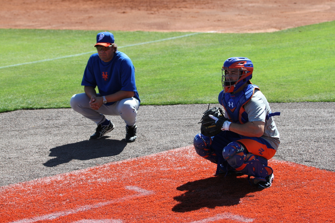 Mike Piazza and Travis d'Arnaud