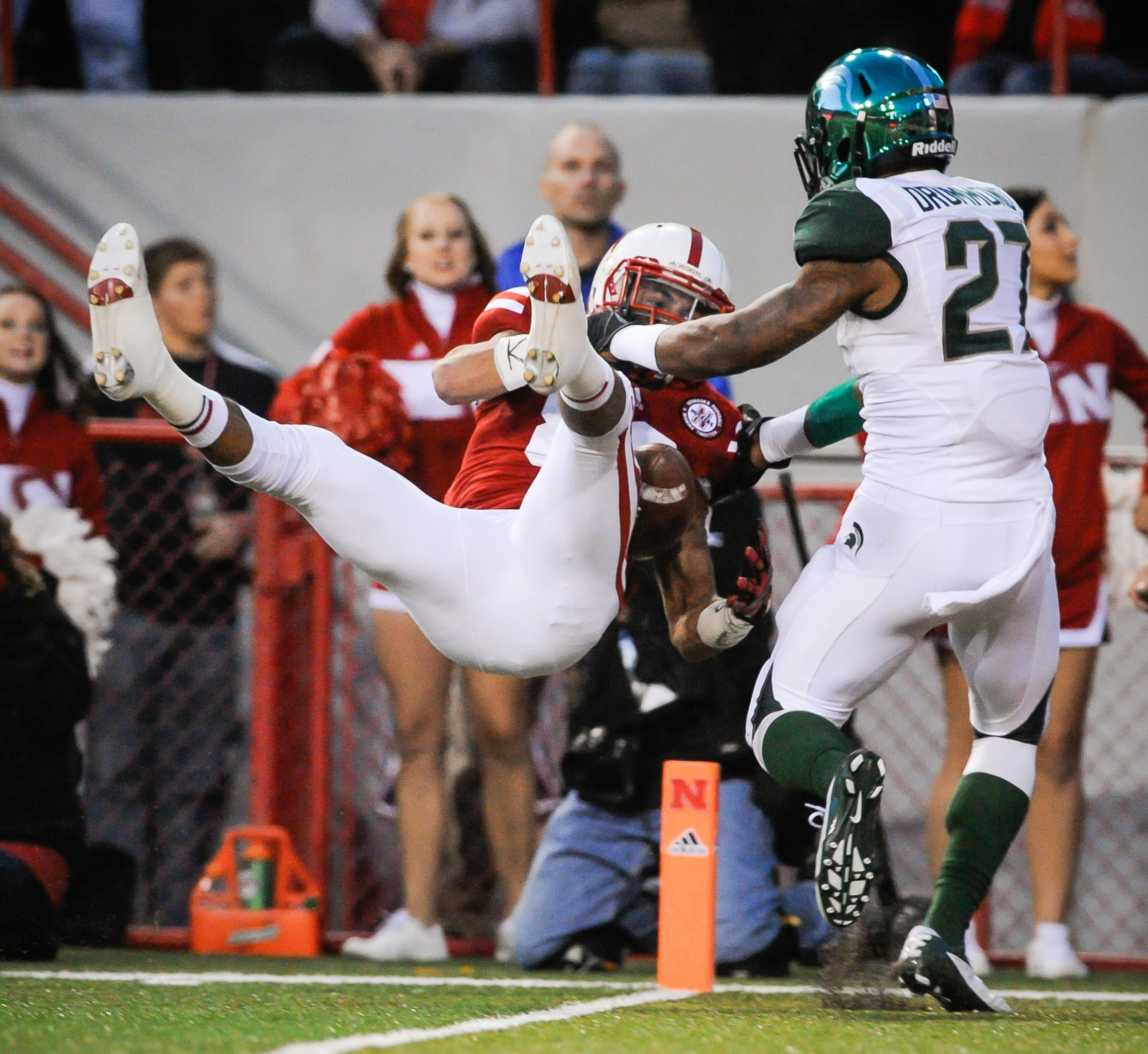 Kenny Bell making yet another difficult catch.