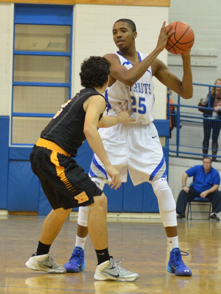Mikal Bridges (25) sizes up a defender while suiting up for Great Valley.