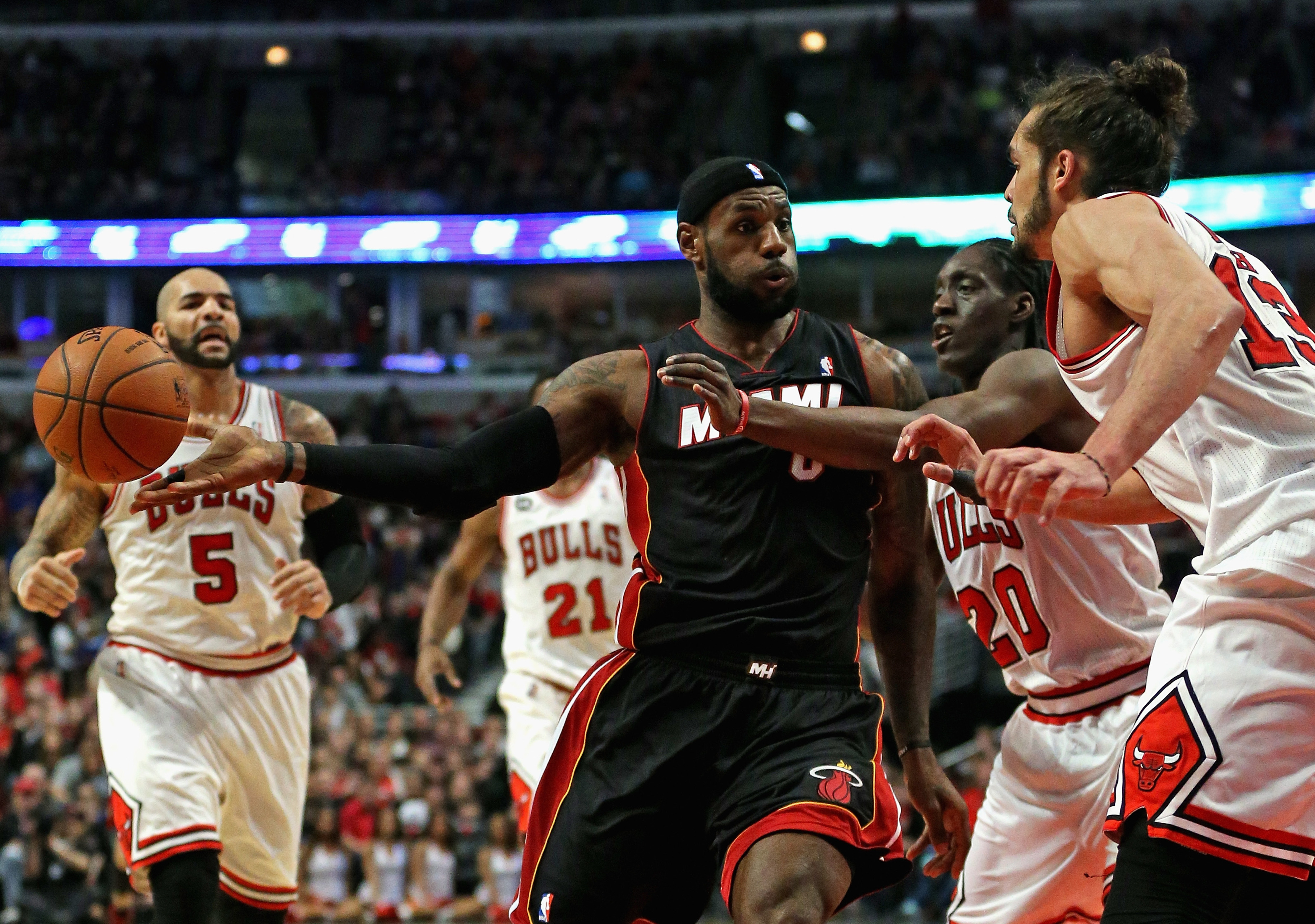 Heat vs. Bulls final score: Joakim Noah pushes Chicago to 95-88 overtime win