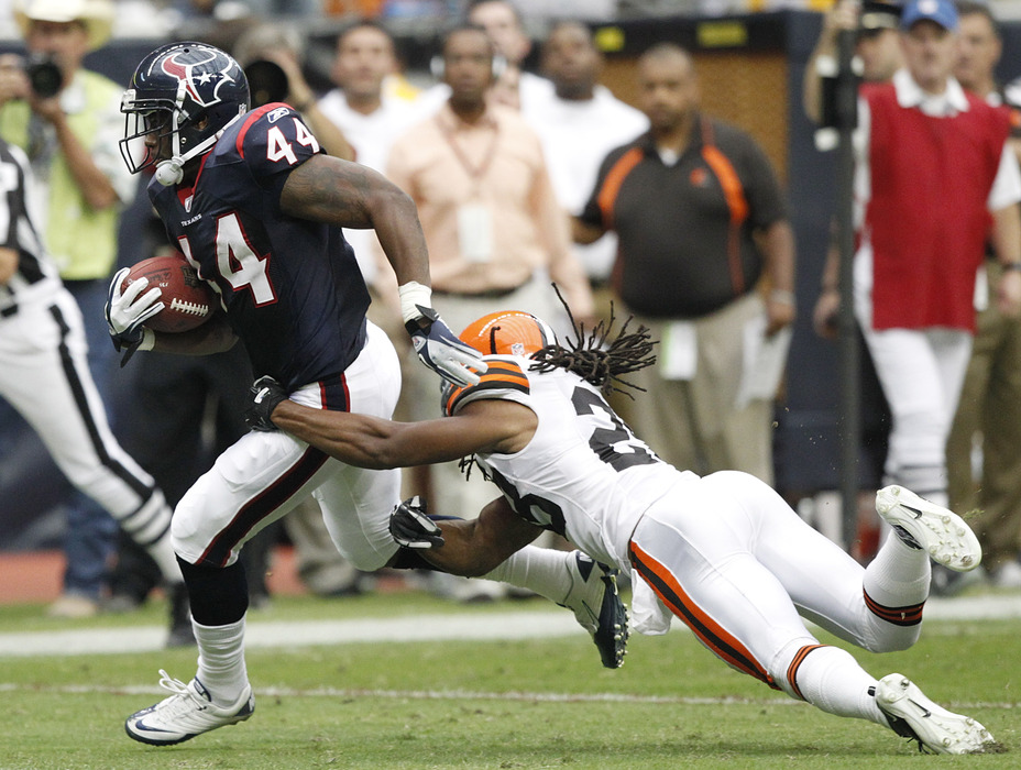 Tate obliterated the Browns back in 2011.