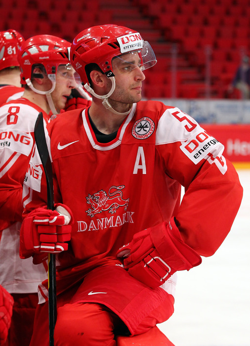 In the Year AD 2012, Frans spread news of the backhand among the Finns.