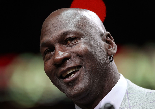Michael Jordan on Phil Jackson: 'I know he can do it'