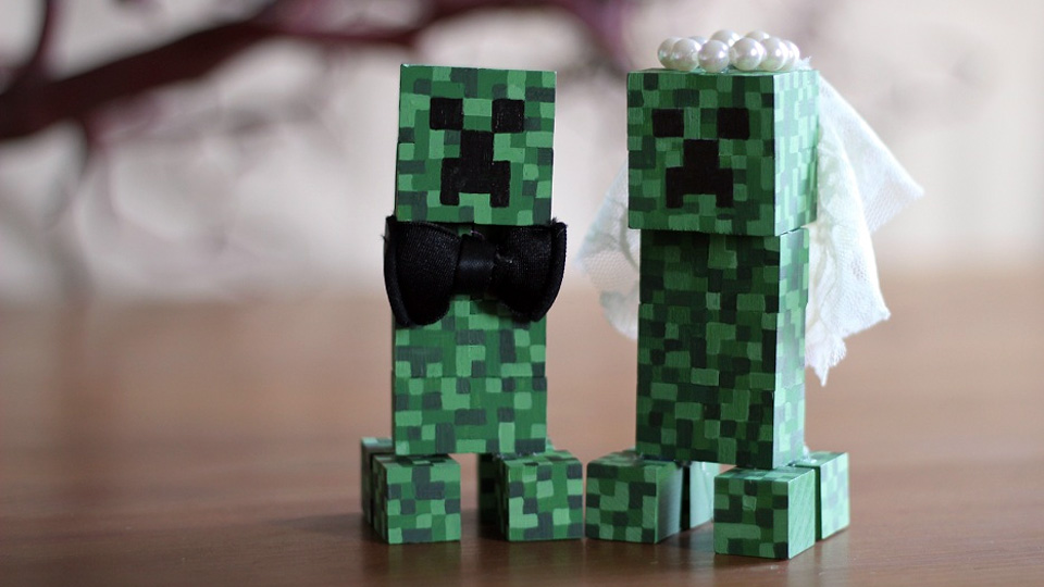 The music, trolls and Minecraft cake of the GDC wedding