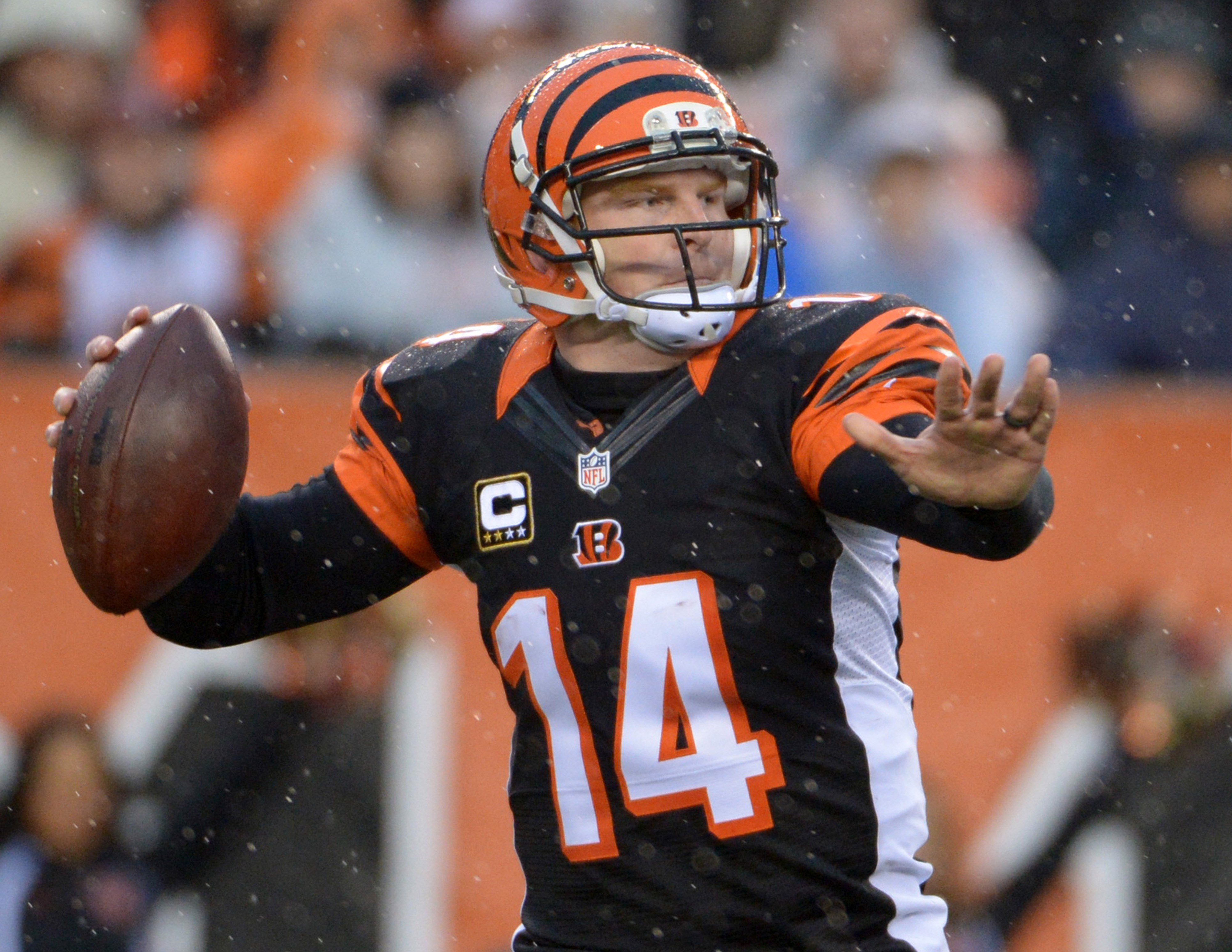 Bengals want to extend Andy Dalton, but owner Mike Brown calls situation a 'dilemma'
