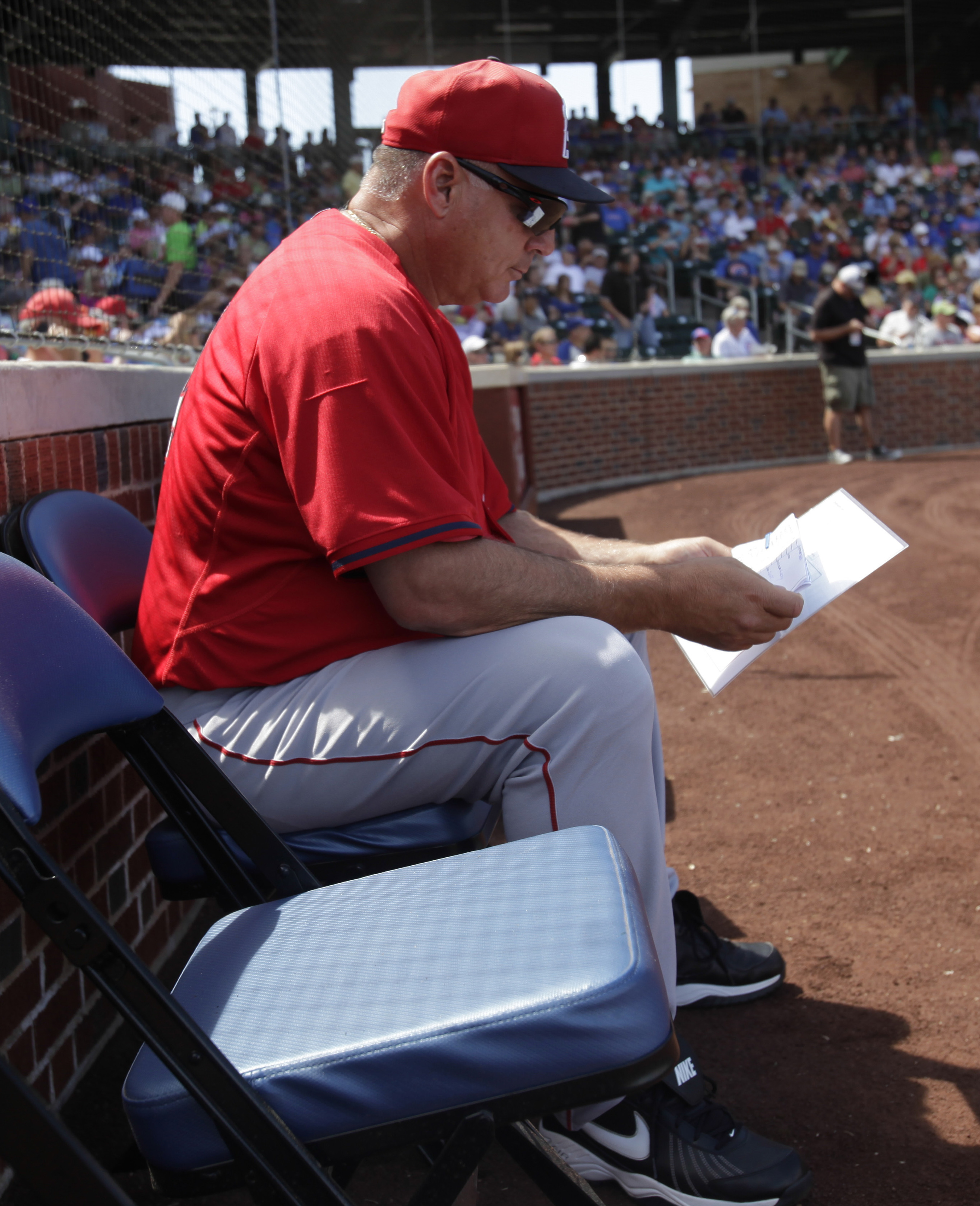 Mike Scioscia has found managing so much easier since the team started printing out Halos Heaven comment threads.
