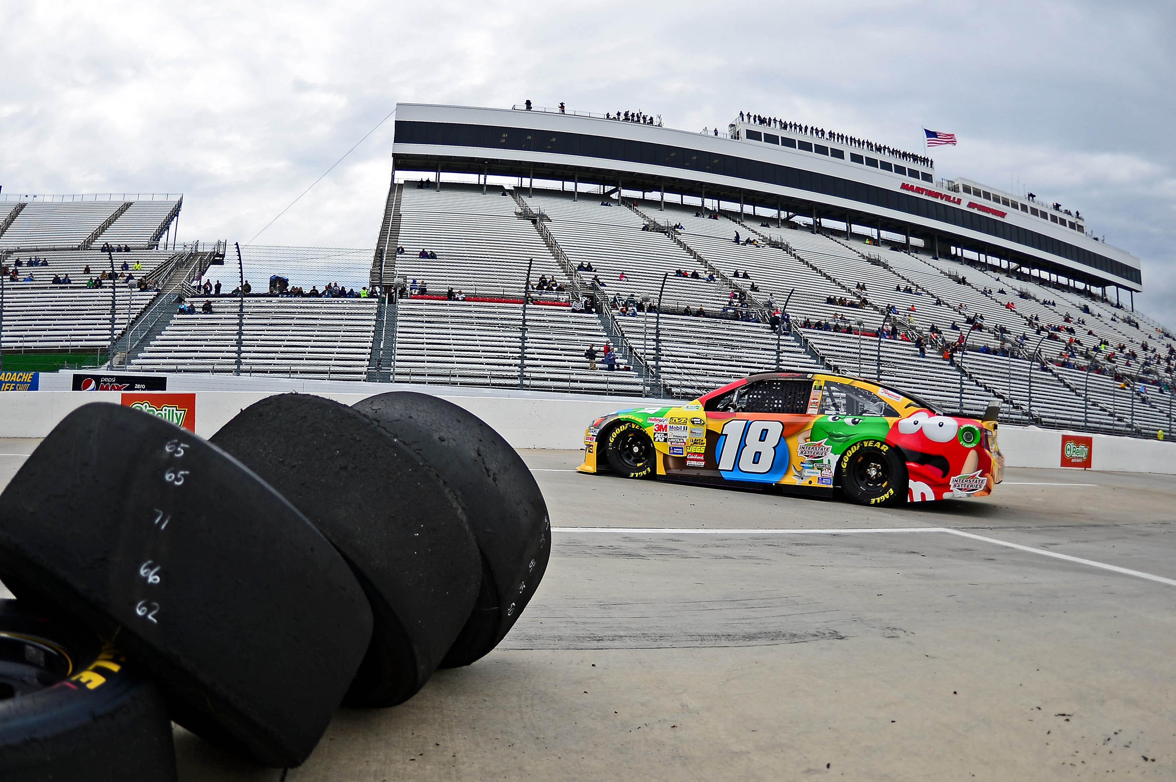 NASCAR Martinsville 2014: Lineup, starting grid for STP 500