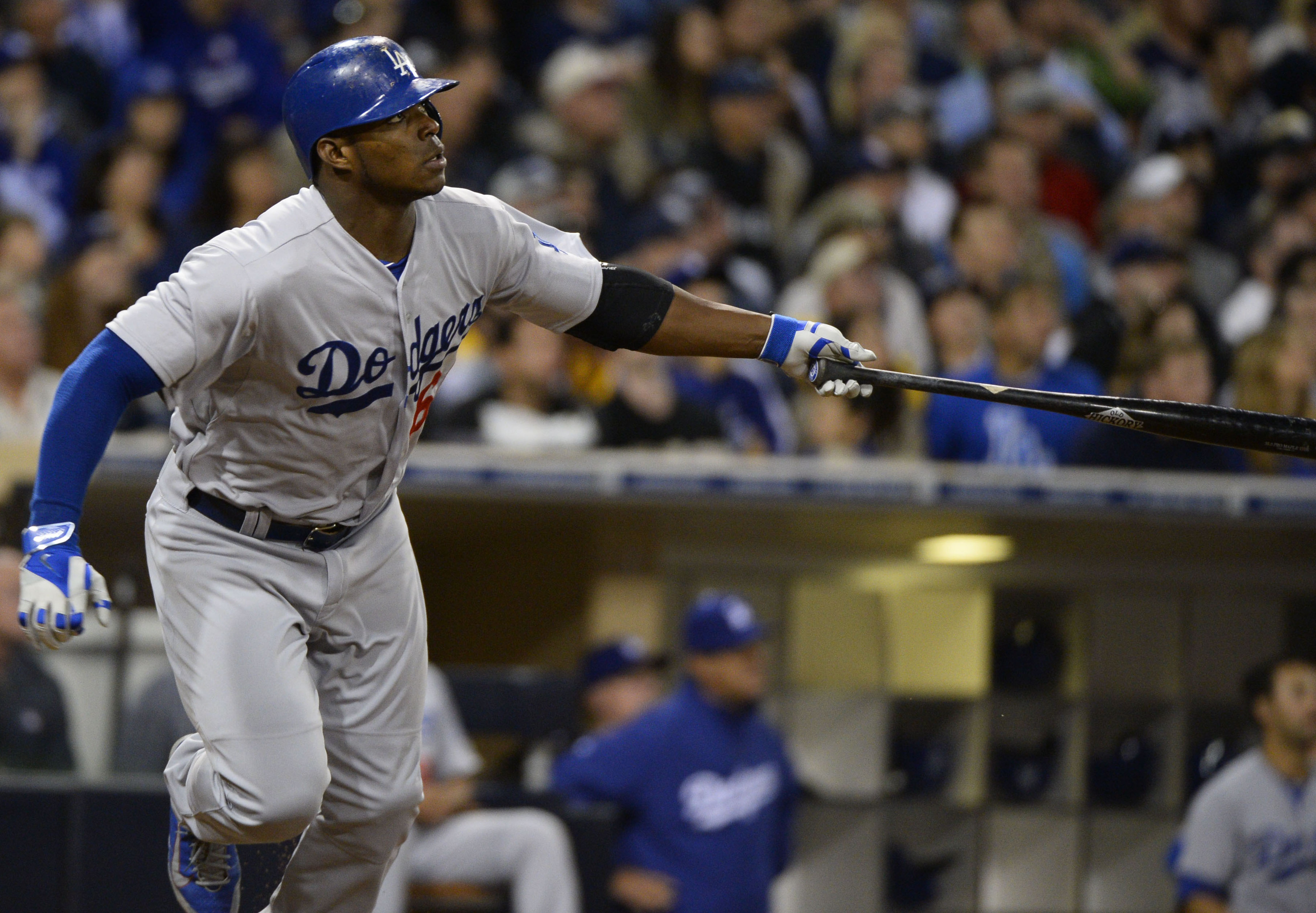 Yasiel Puig injury: Dodgers outfielder day-to day with strained thumb ligament