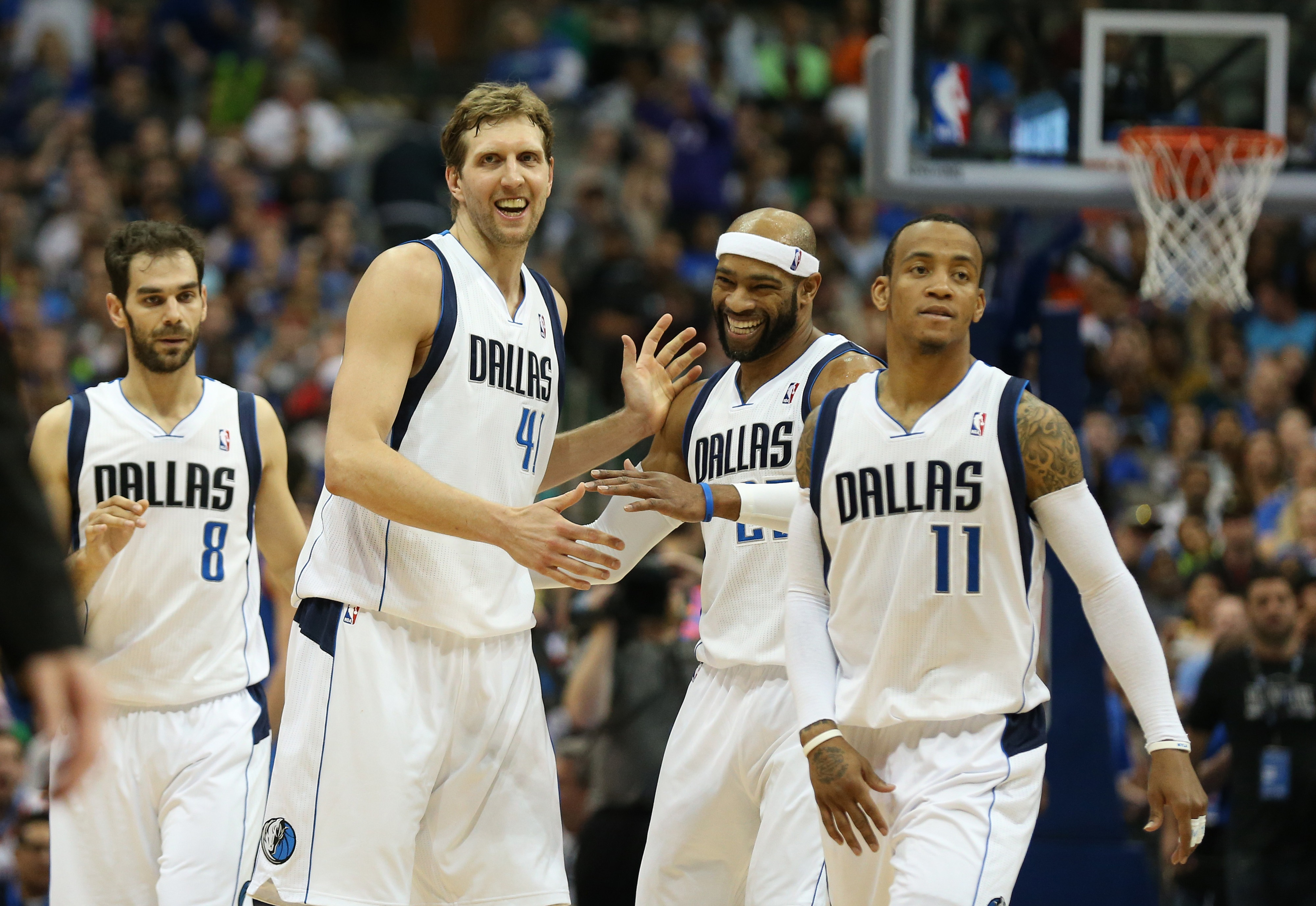 Dallas Mavericks claw back to postseason after 1-year absence
