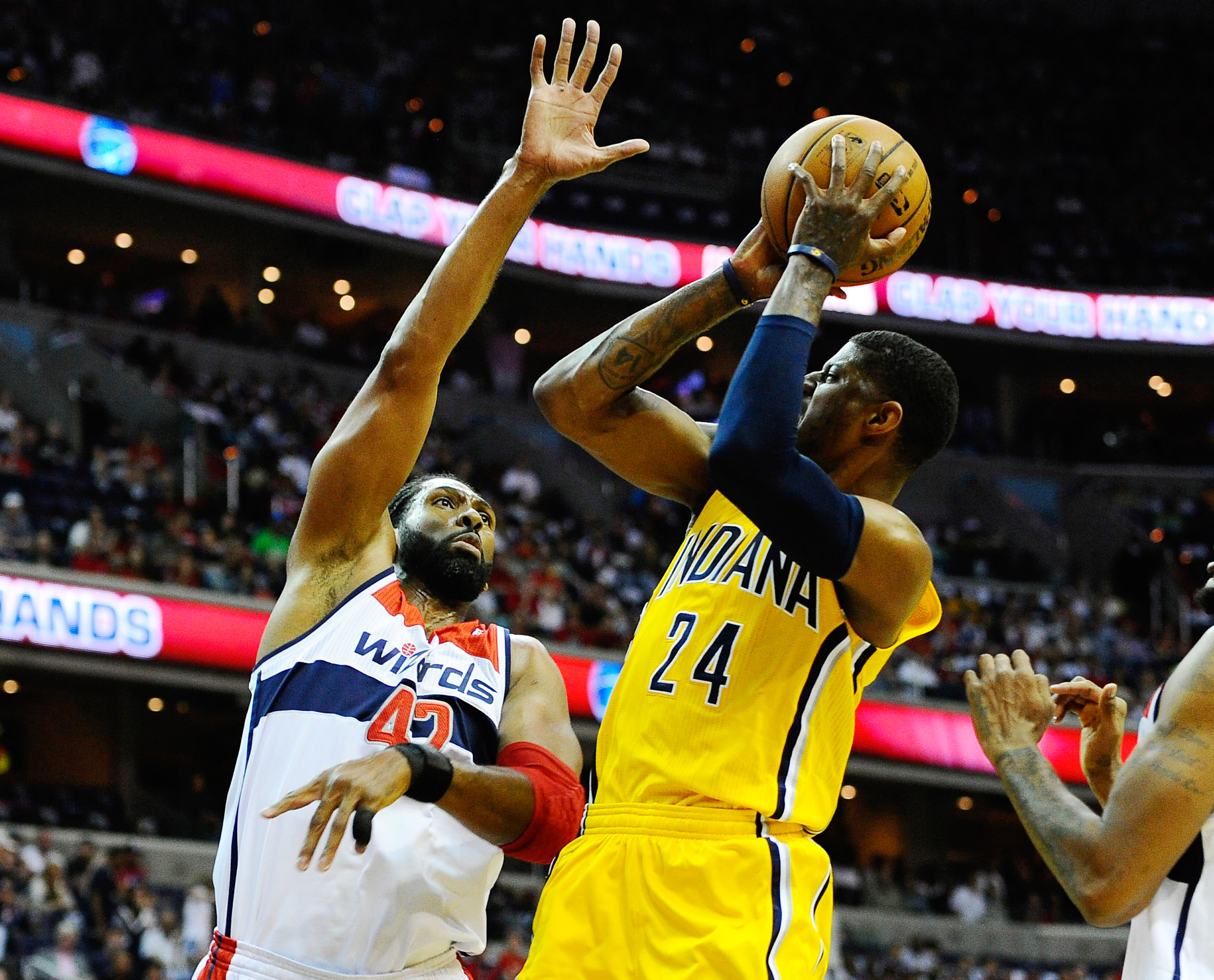 Pacers vs. Wizards final score, NBA playoffs 2014: Indiana erases 19-point deficit to nab 95-92 victory, 3-1 series lead