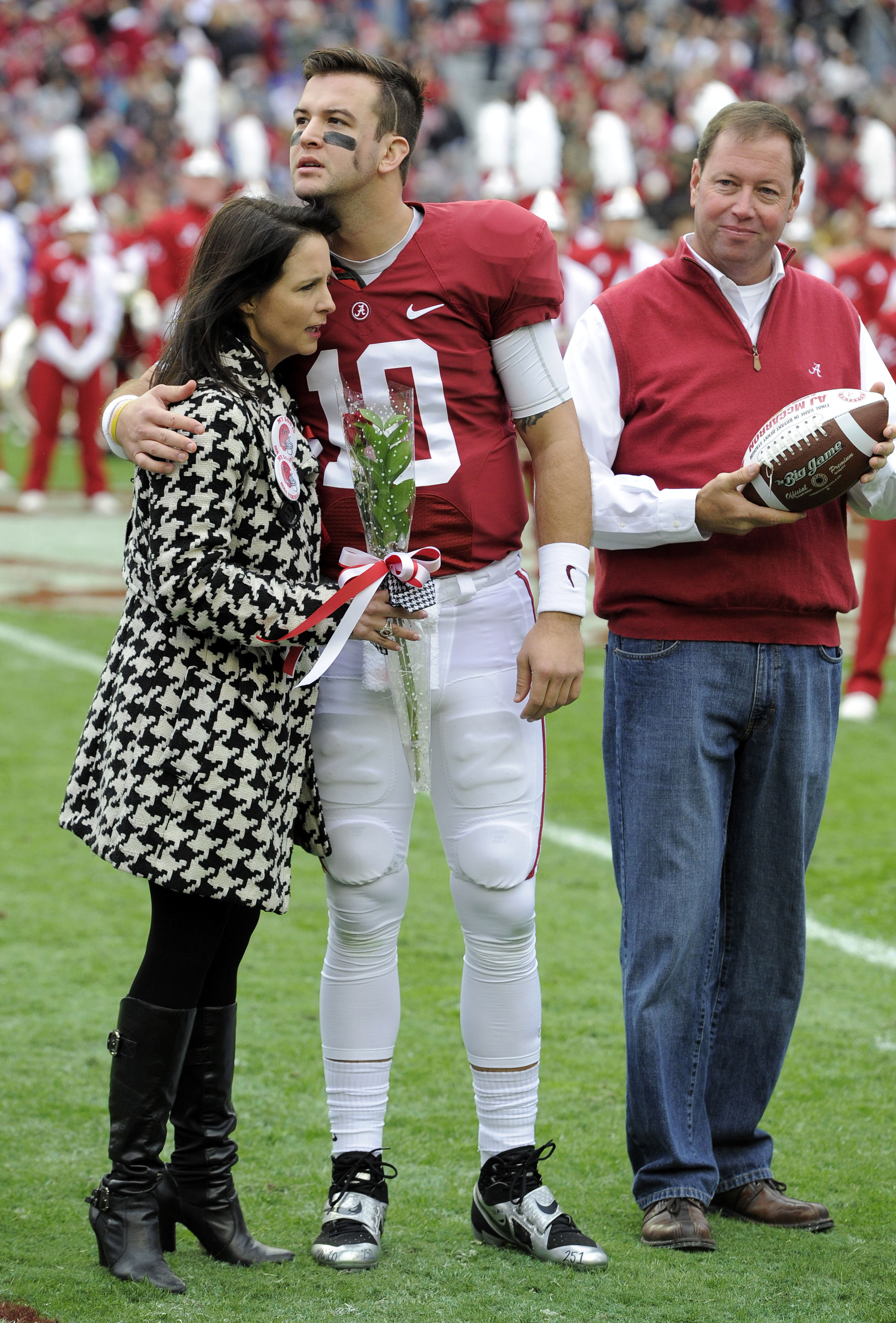 AJ McCarron claims he was not healthy at Alabama