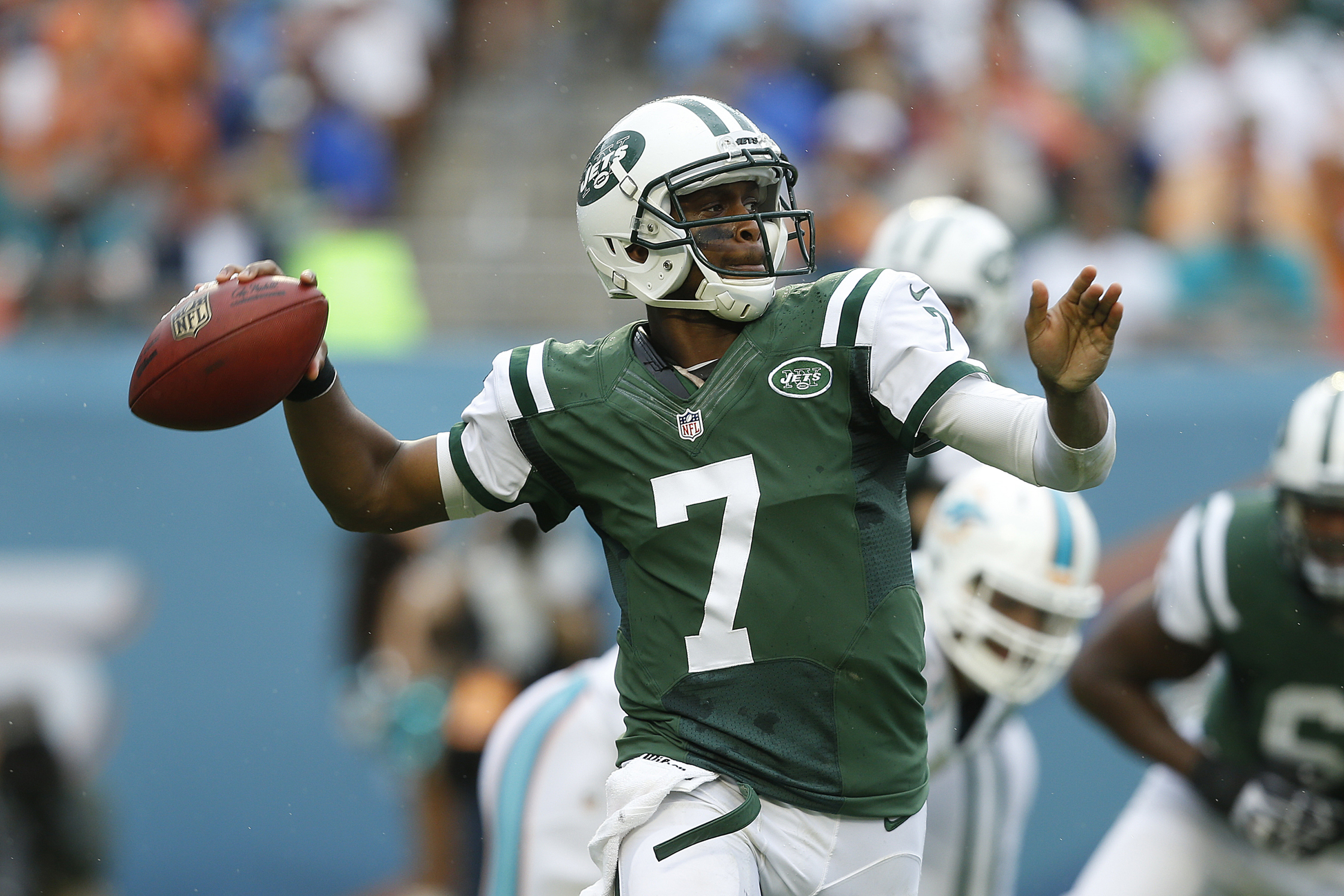 Geno Smith, if he plays the entire season, has the tools around him to succeed.