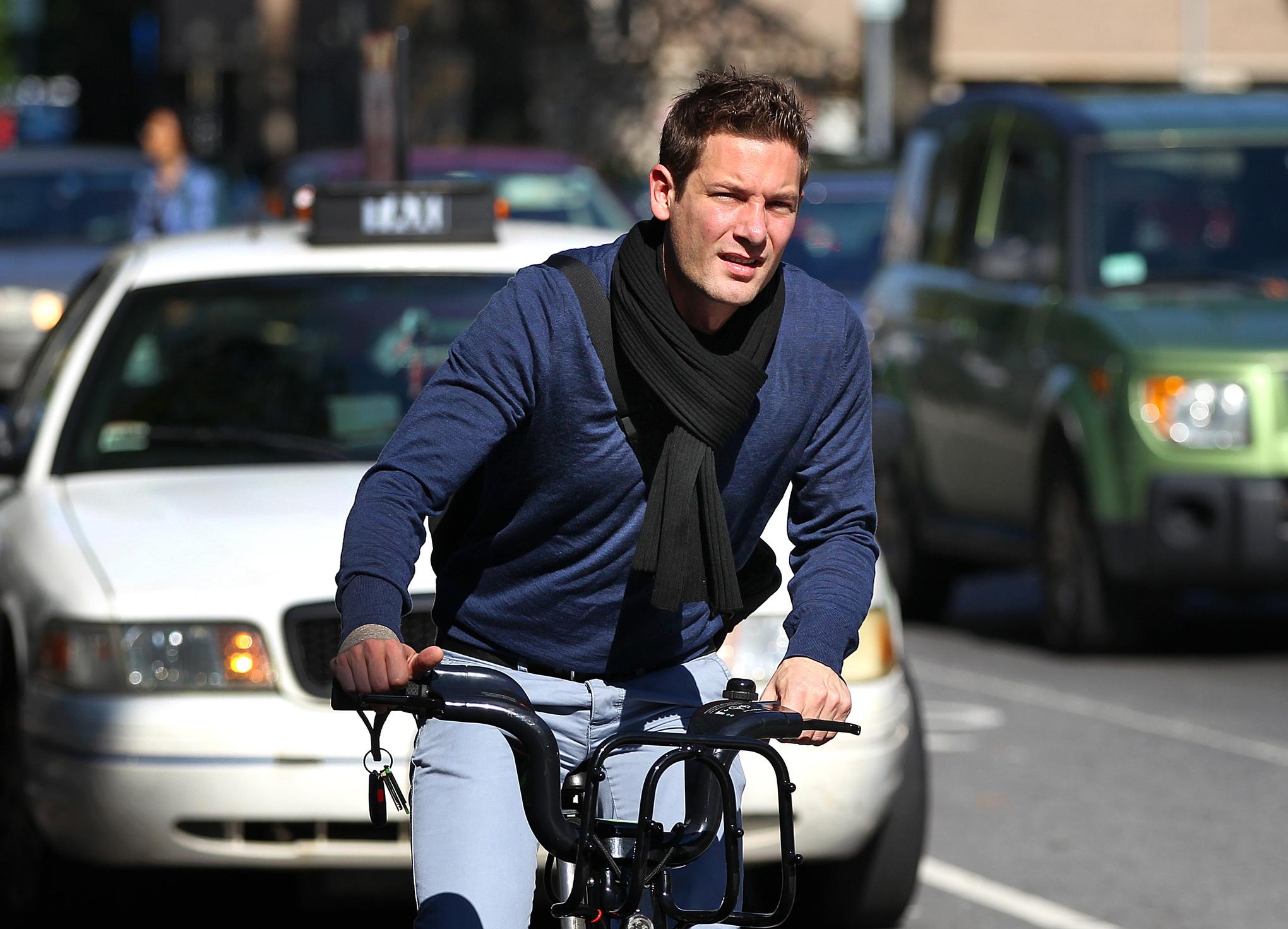 Stop forcing people to wear bike helmets