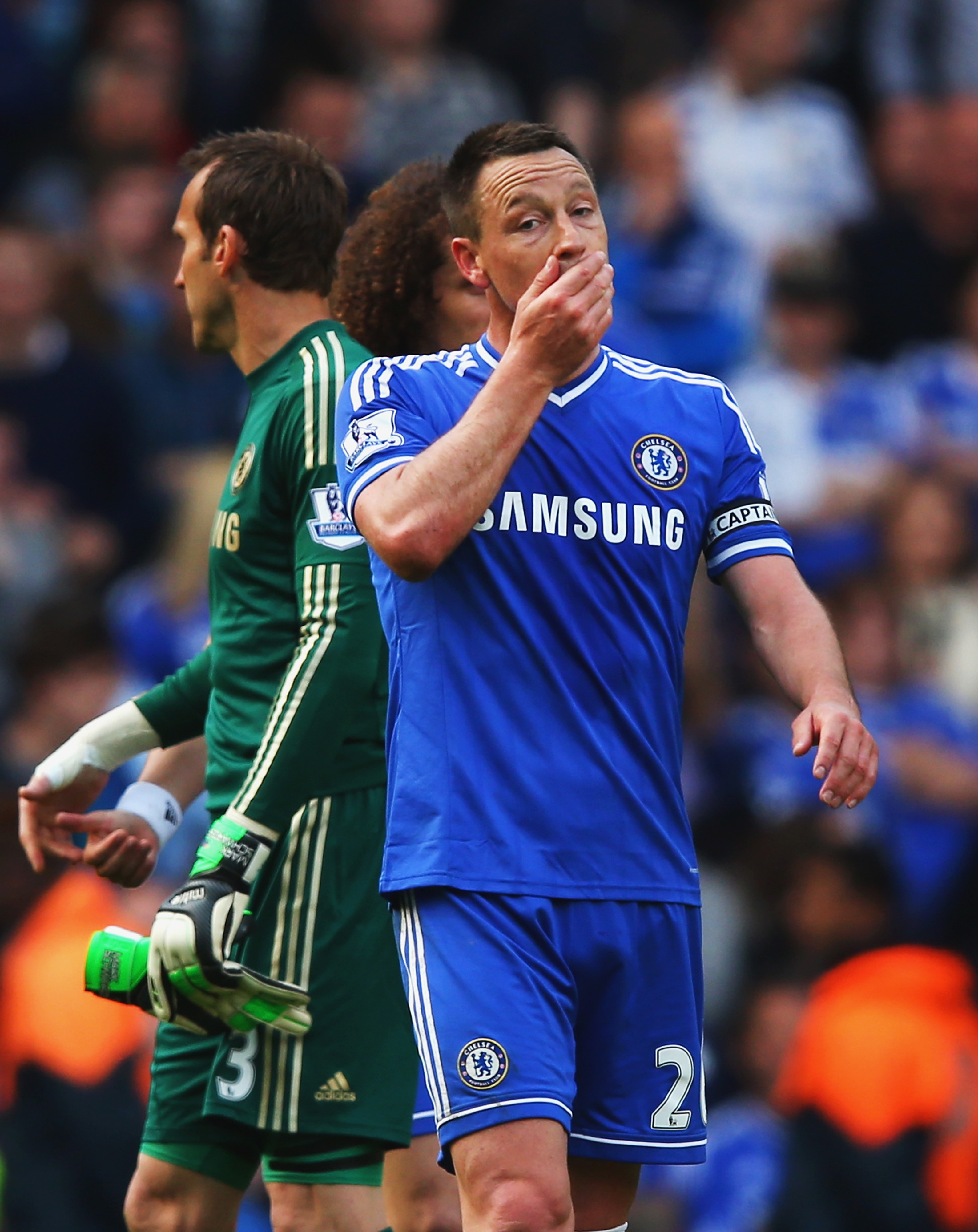 Shop girl suspended for calling John Terry a pig