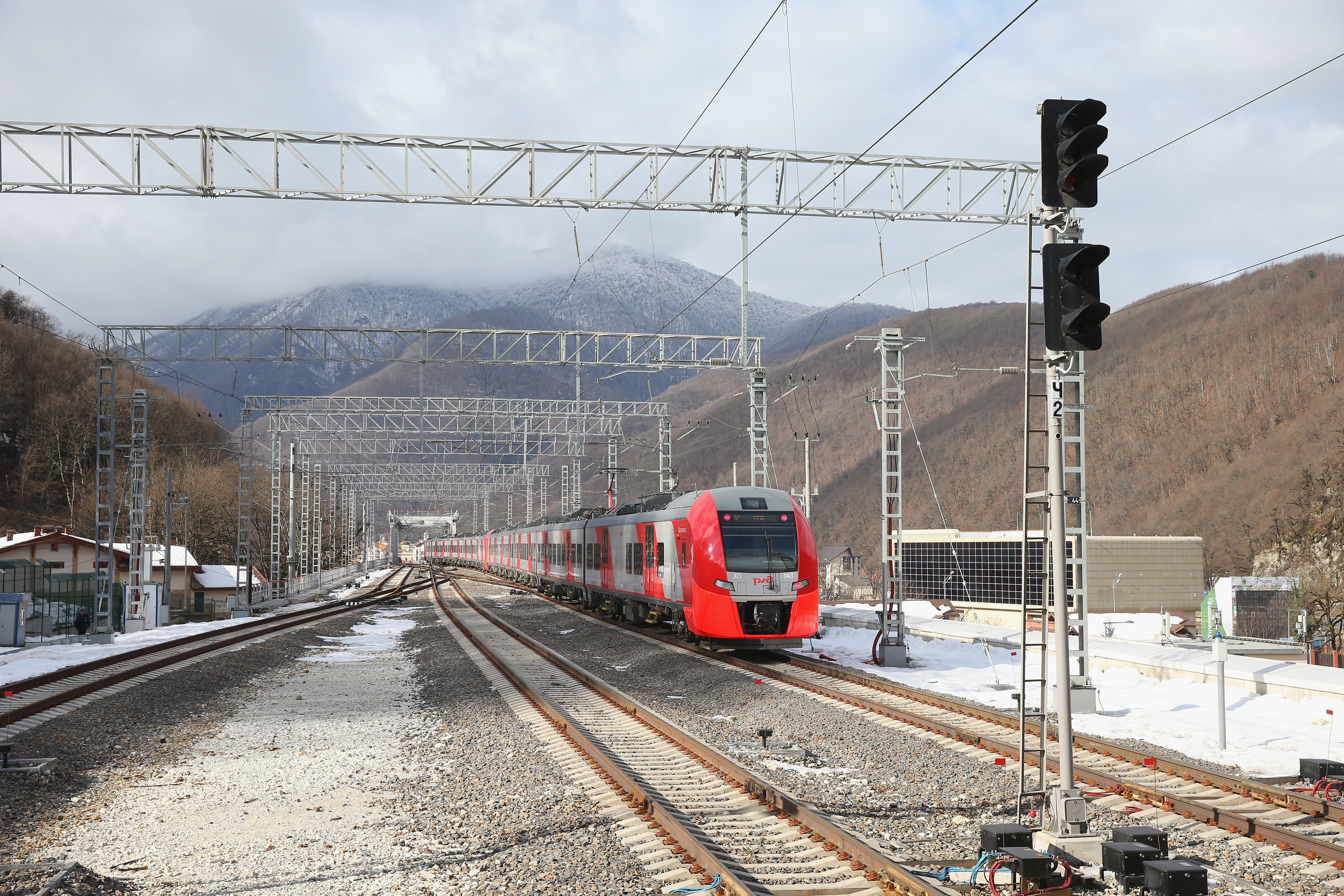 Not an actual picture of Caltrain or the VTA. This is in Russia.