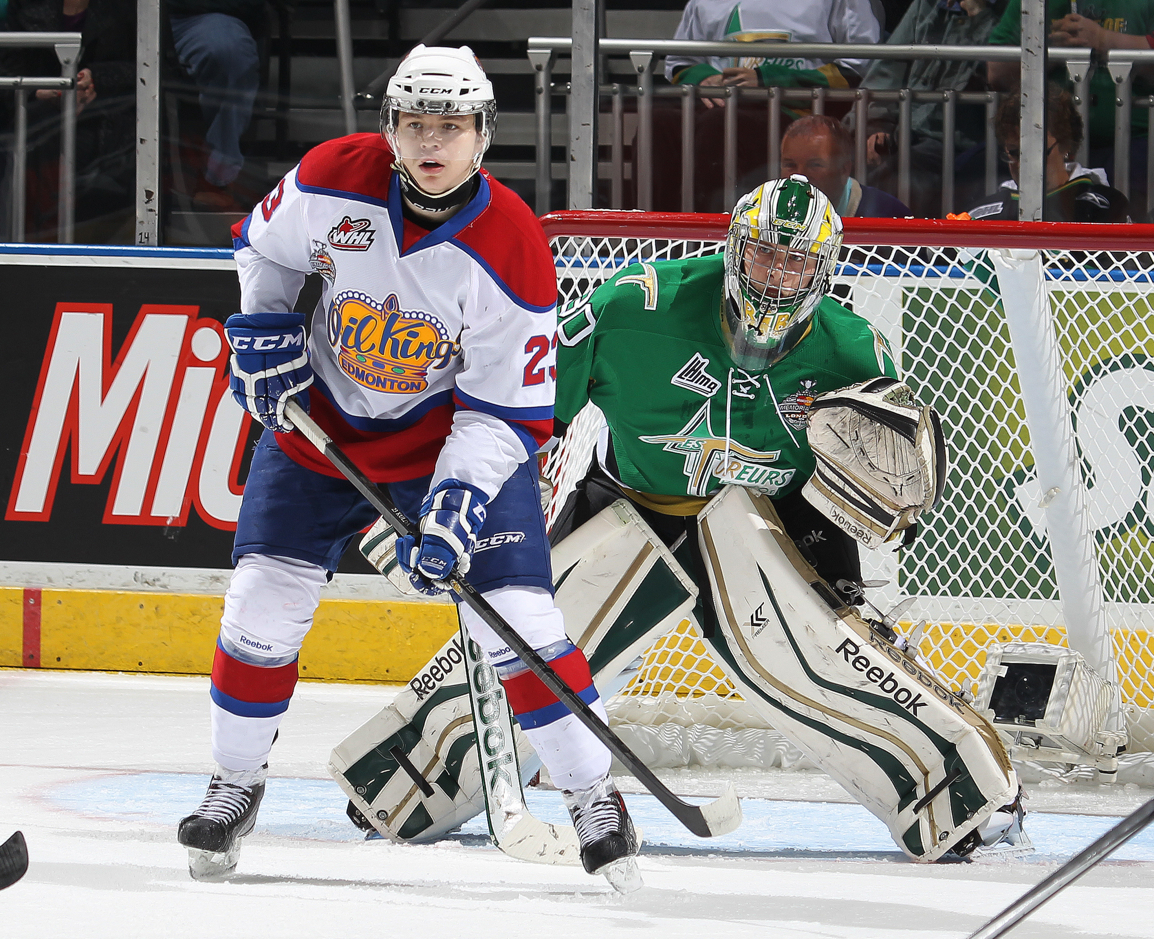 Here's Edgars Kulda (left) getting in the Val d'Or goalie's way in the 2014 Memorial Cup.