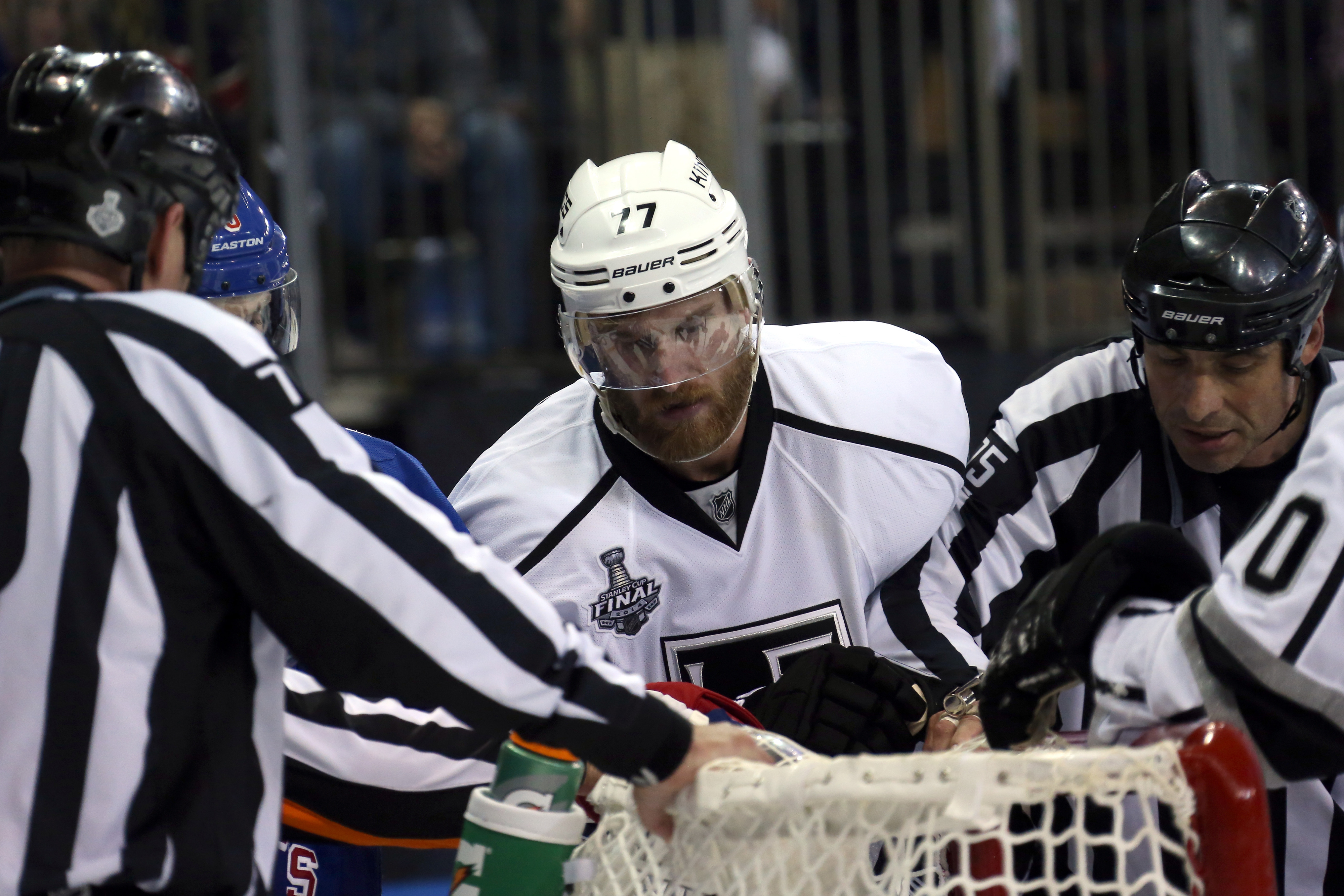 jeff carter tries to figure out why the net hates him
