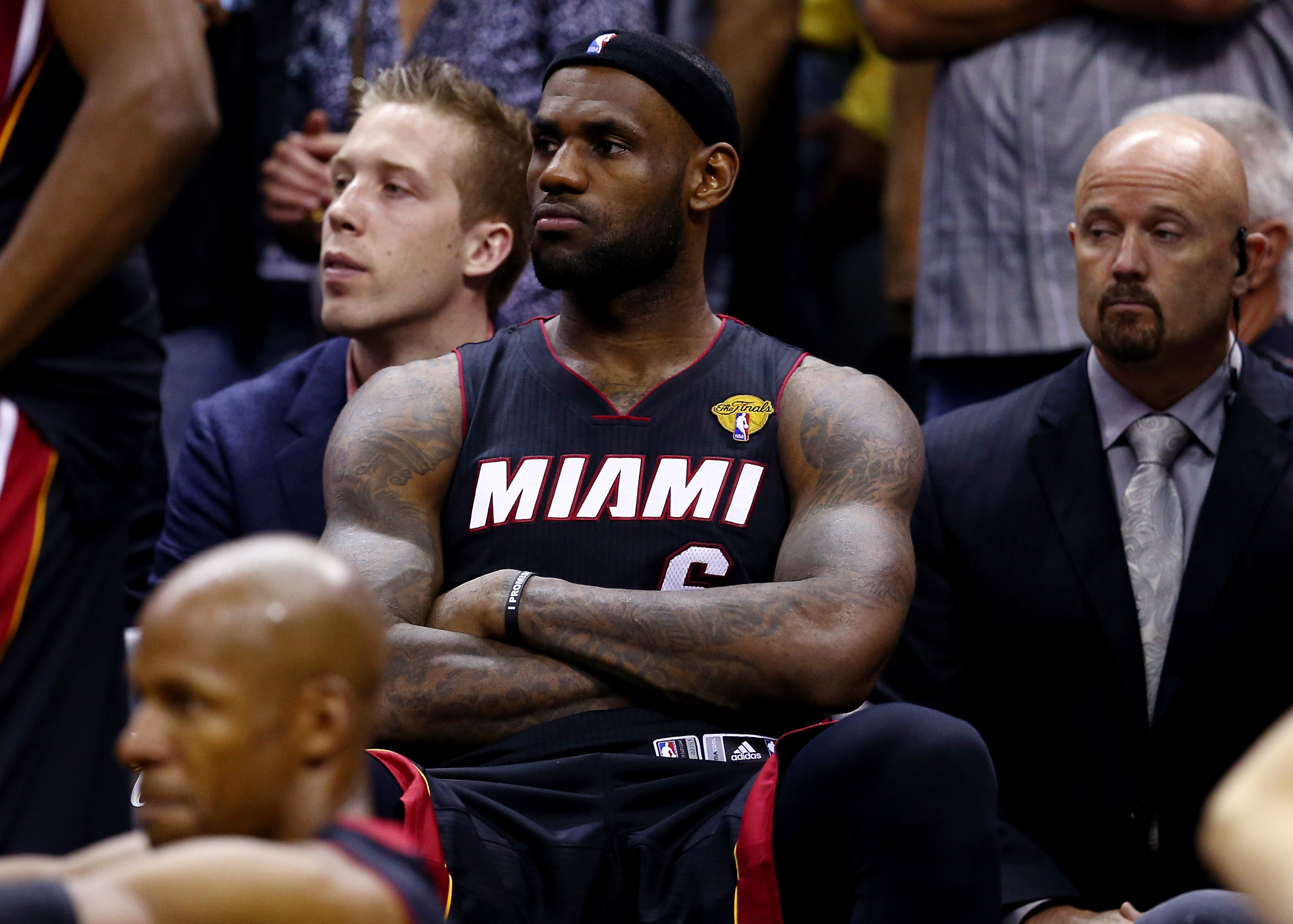 The 9 economic factors driving LeBron James back into free agency