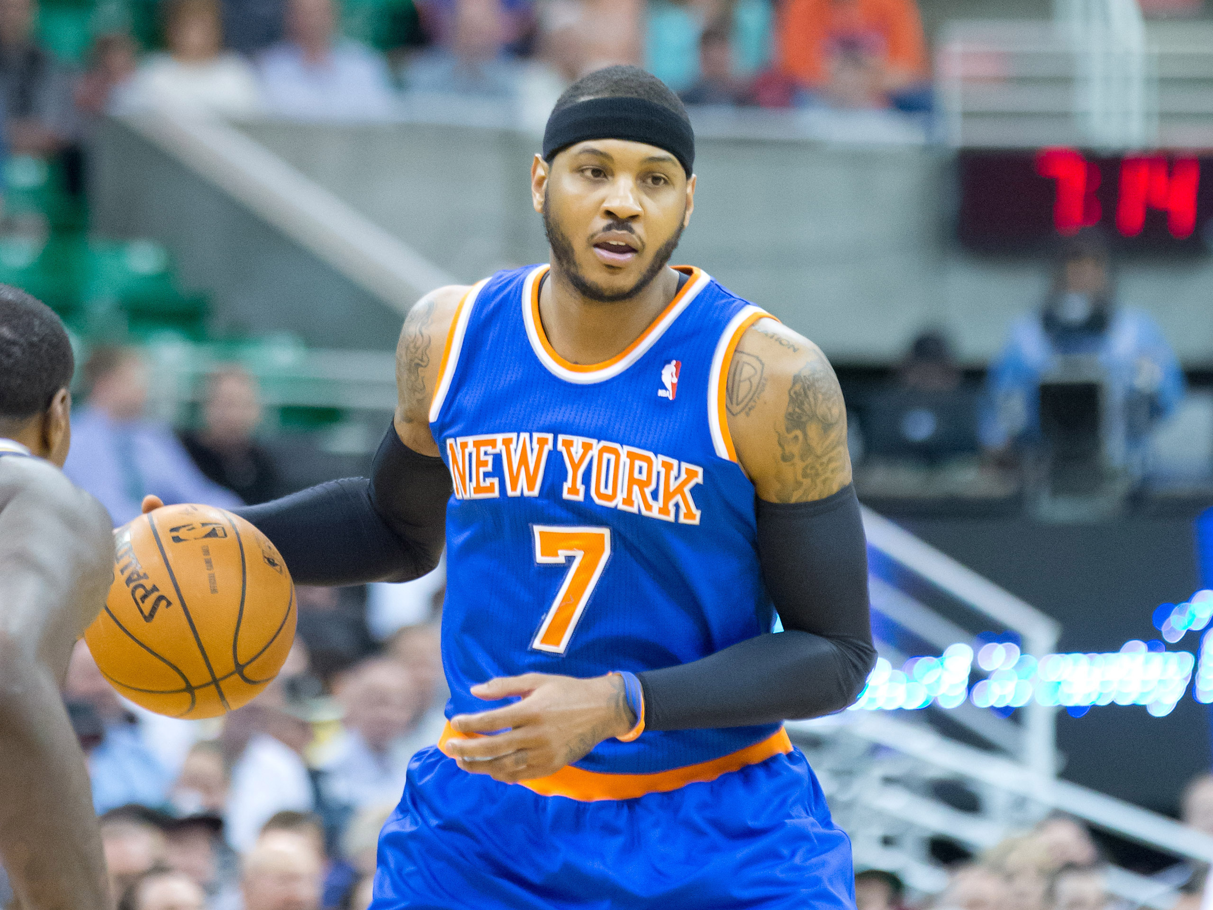 All signs point to Carmelo Anthony staying with New York Knicks