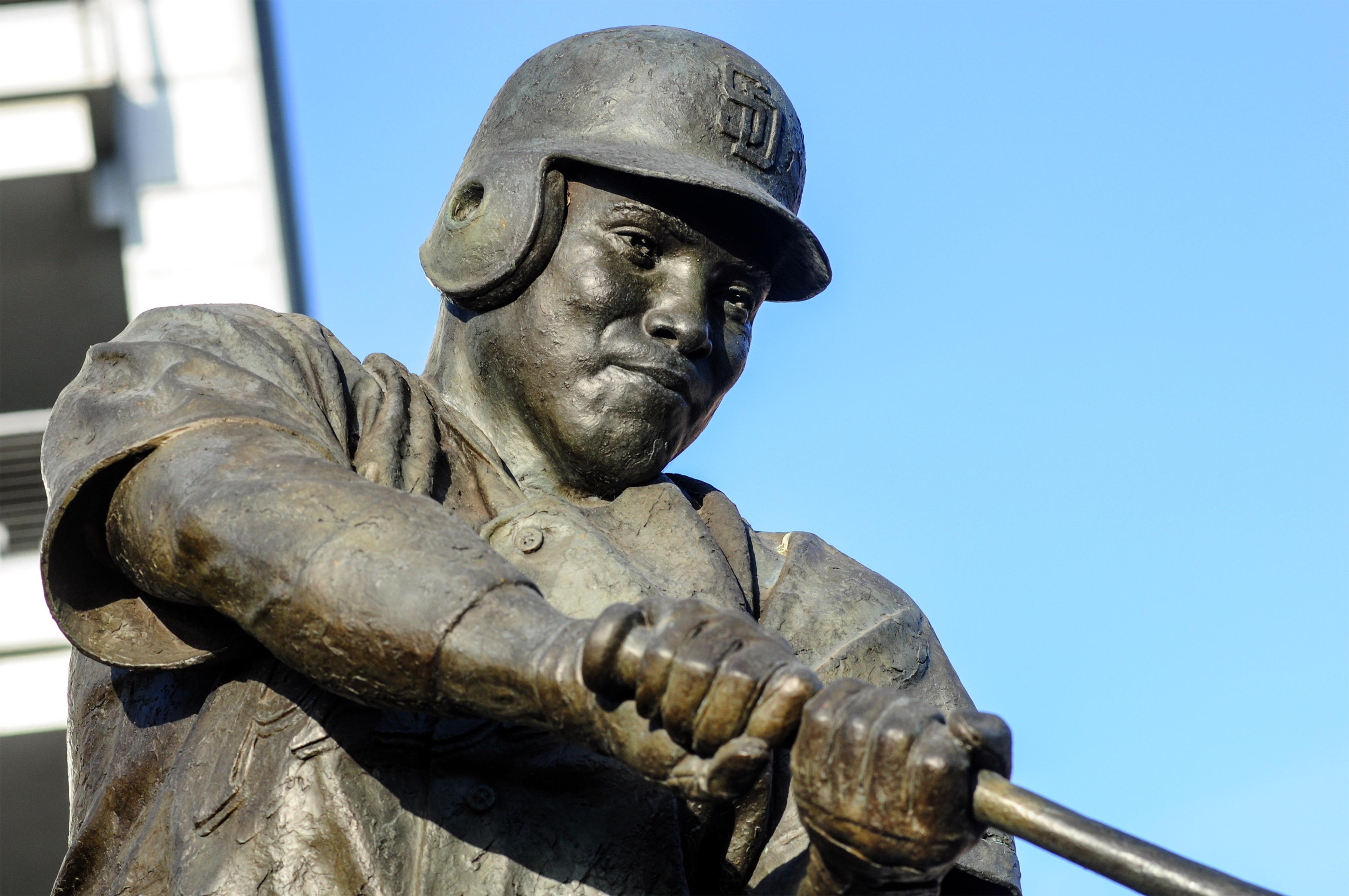 FOX, Major League Baseball fail to adequately explain absence of Tony Gwynn tribute