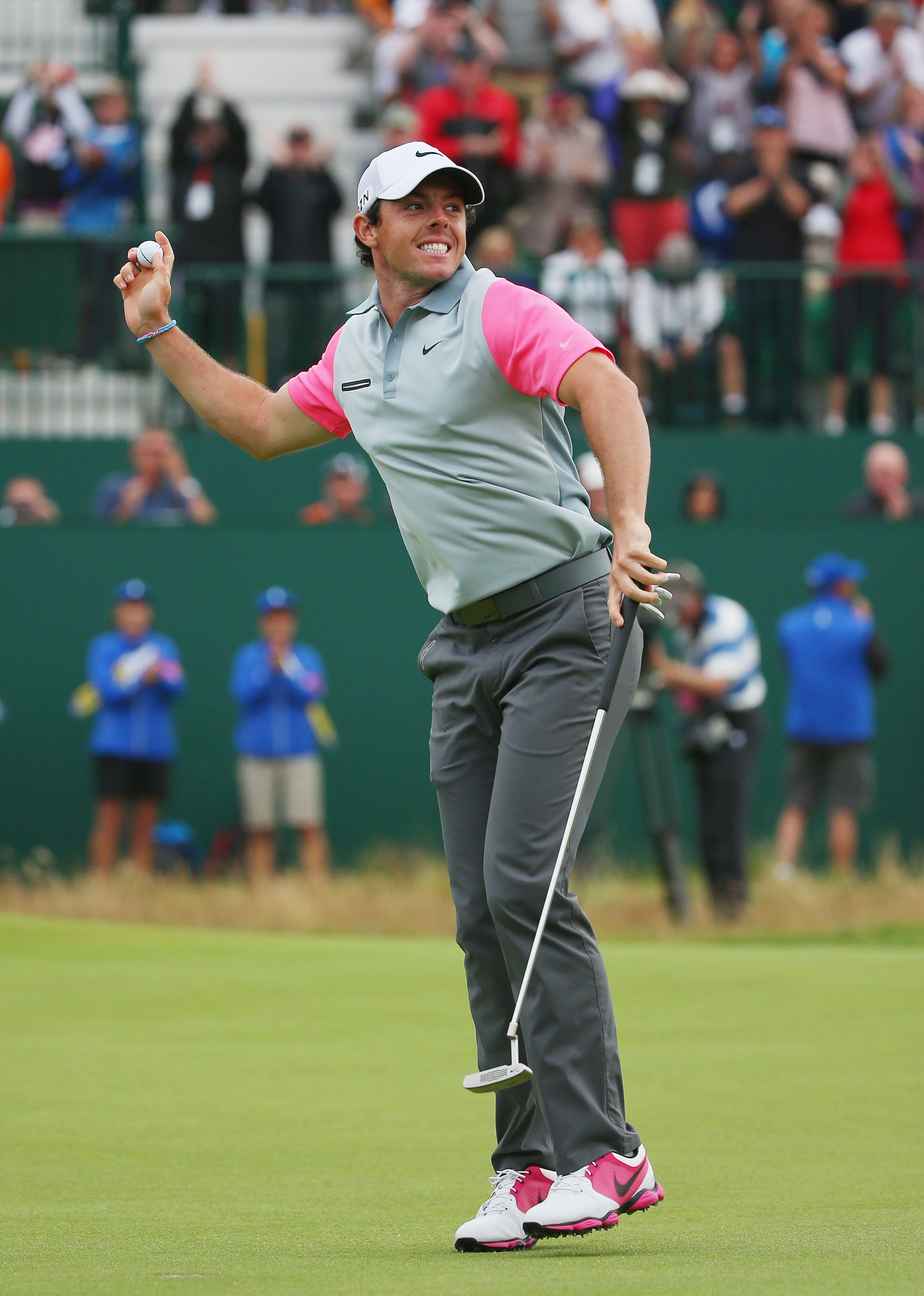 Rory McIlroy tells Liverpool crowd he's Man United fan, gets booed