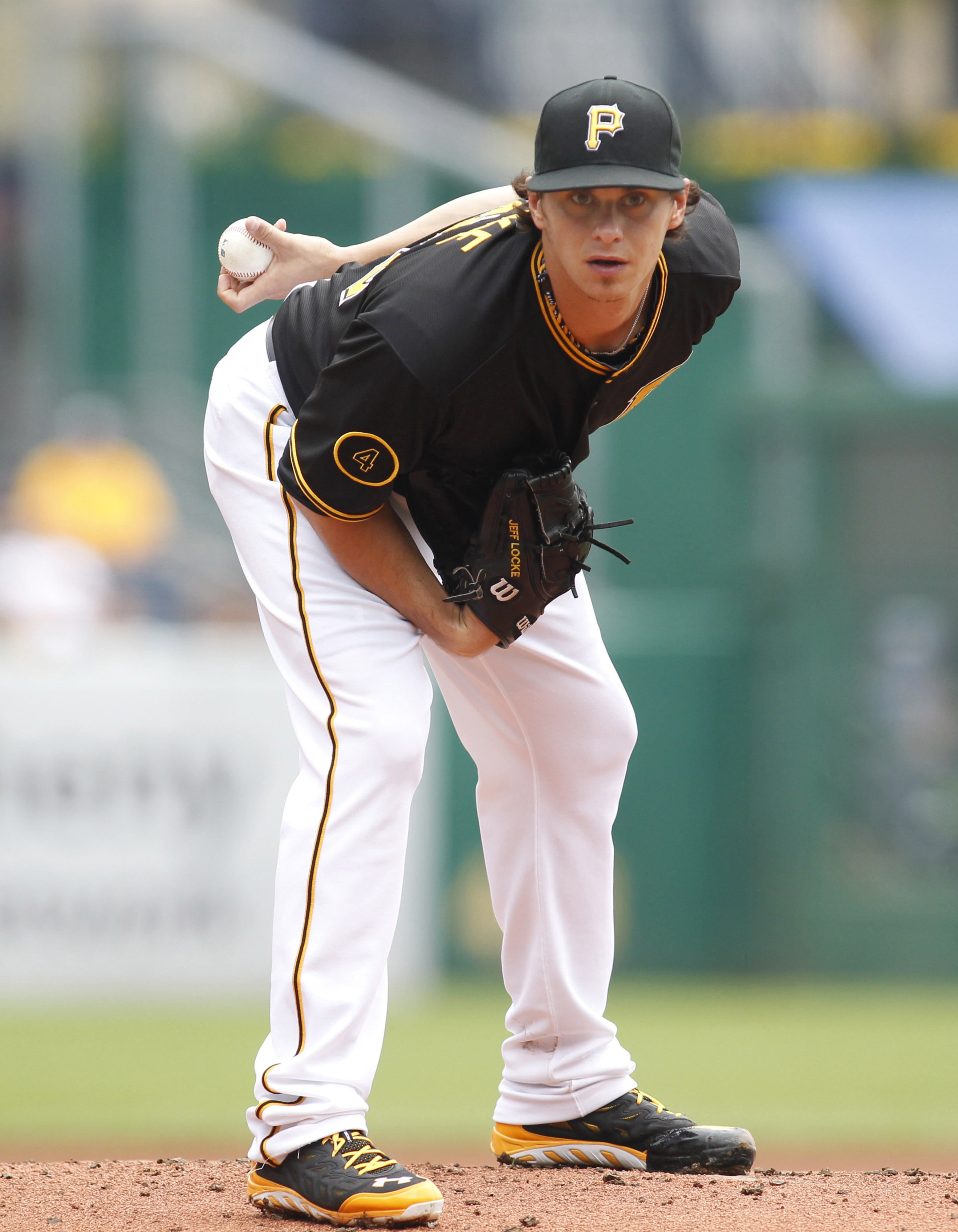 Jeff Locke taking signs from the catcher