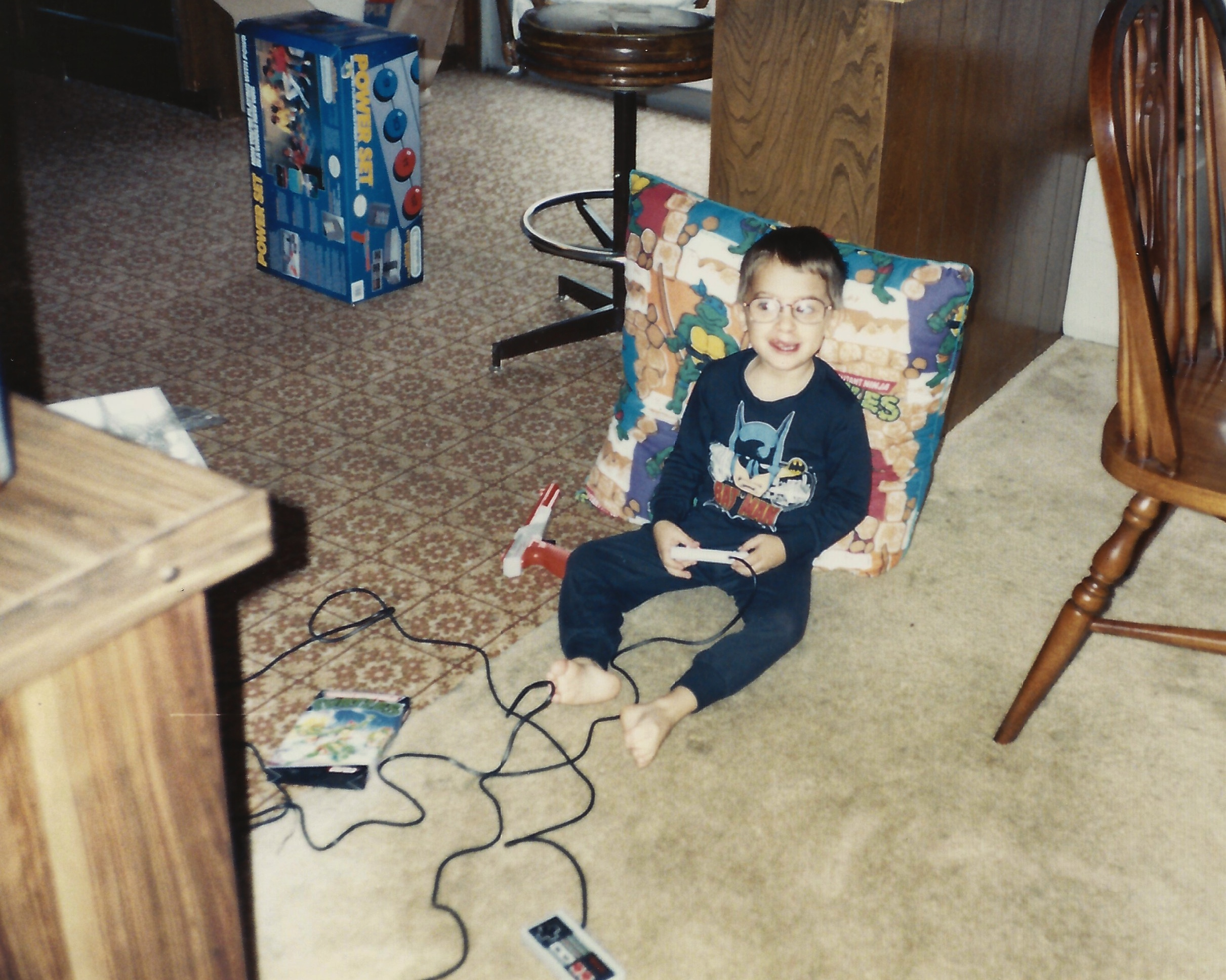 Proof '90s kids playing video games are cooler than kids today