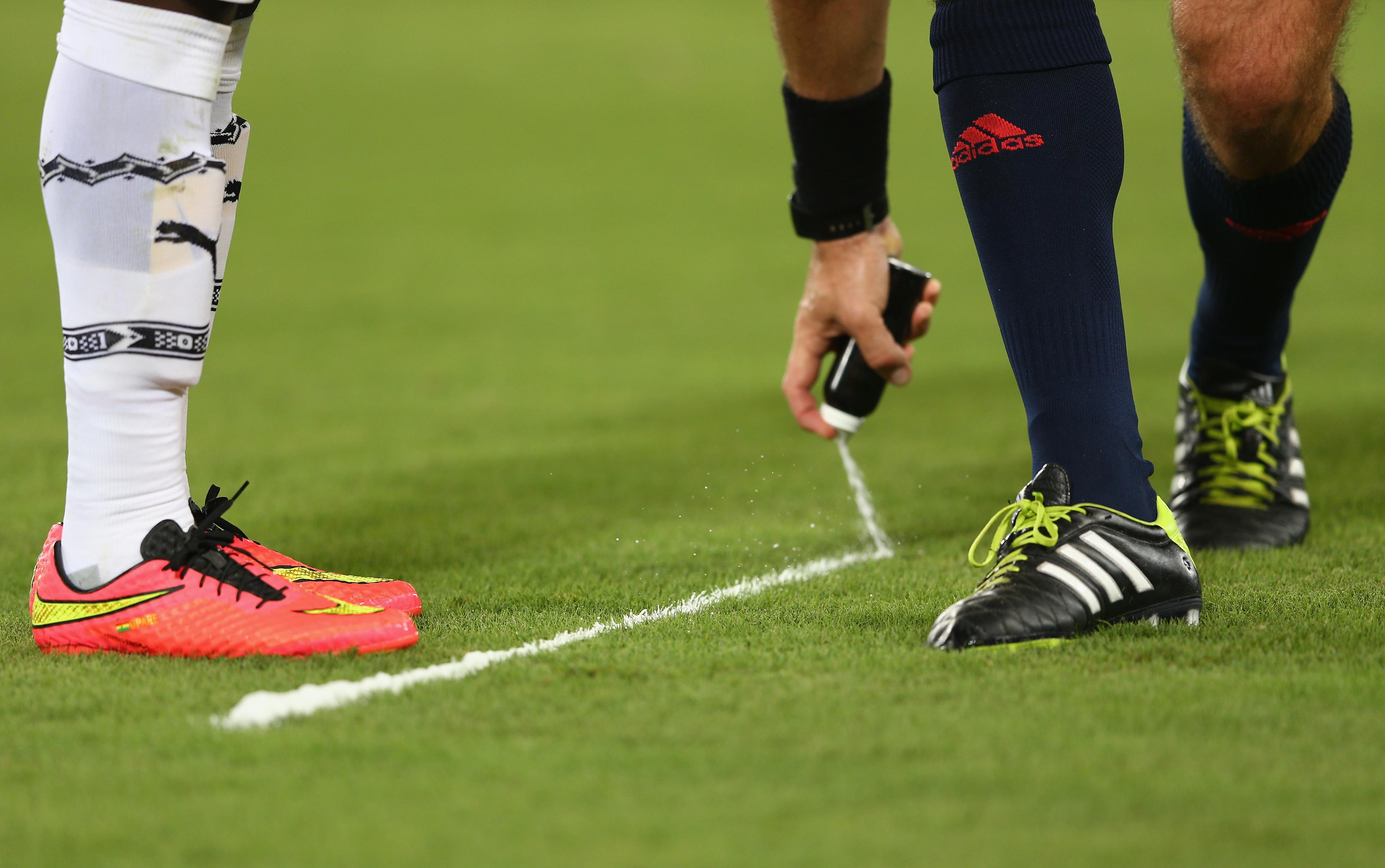 Premier League to use vanishing spray beginning this season