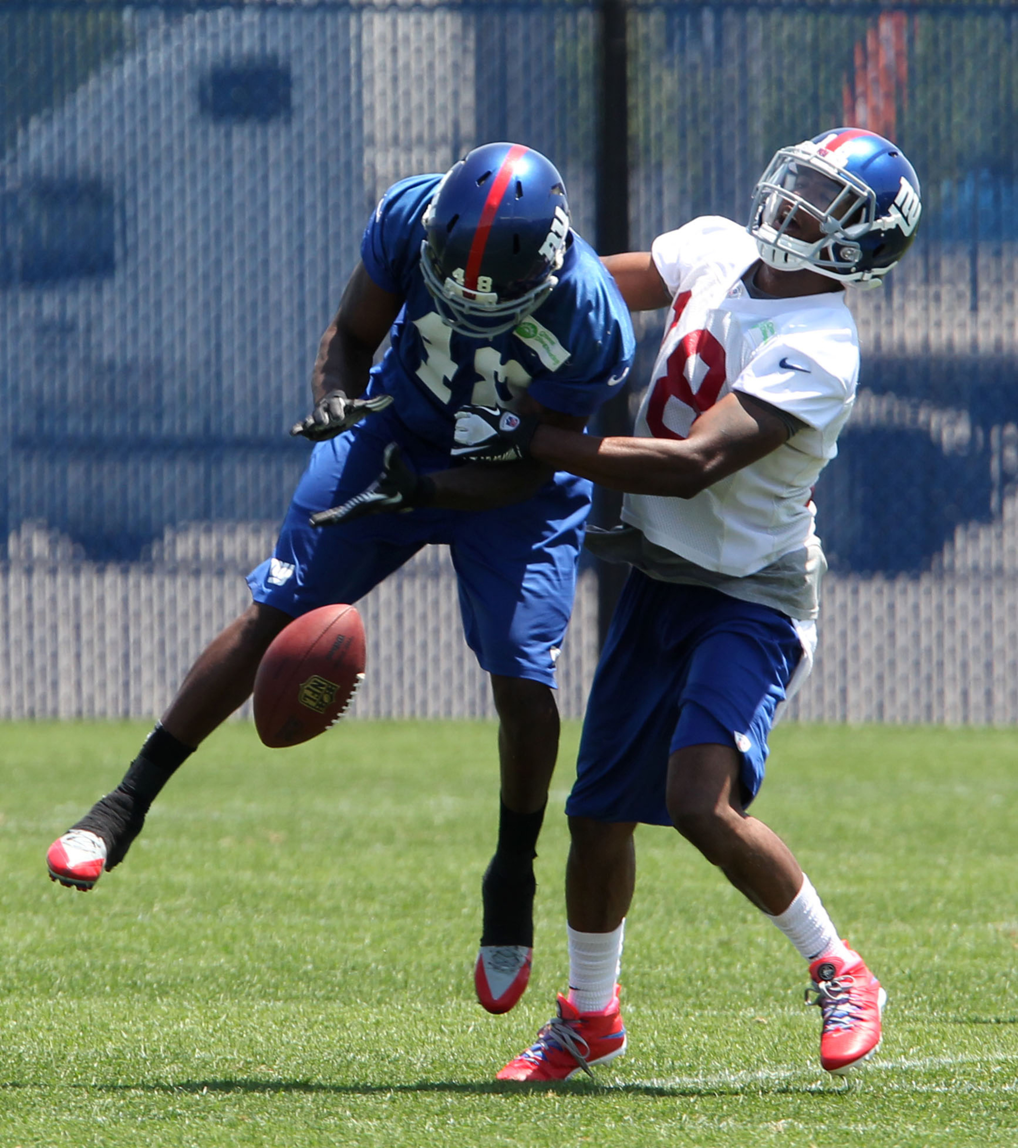Trindon Holliday (left) and Travis Howard are both among the injured Giants