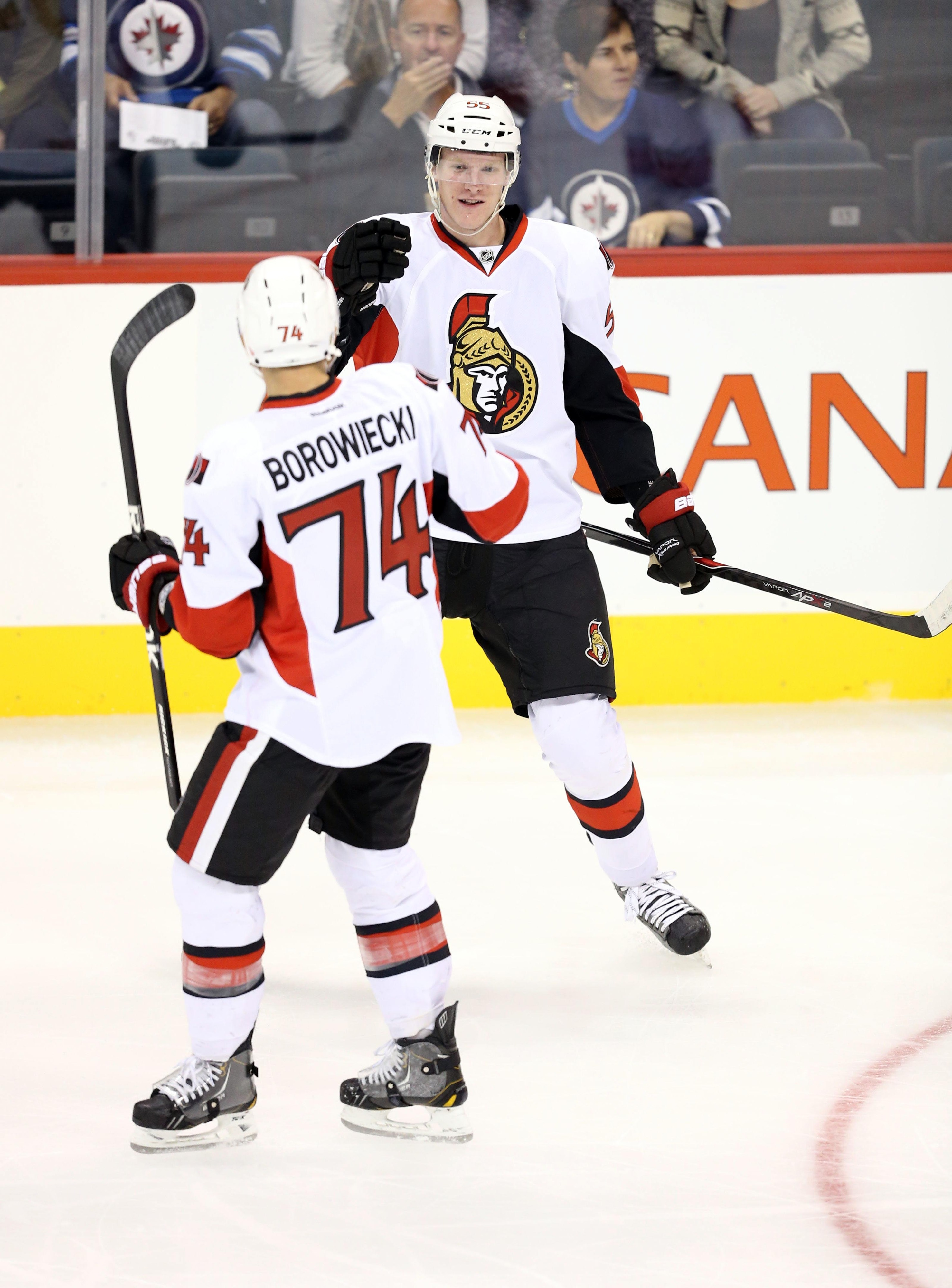 """Robinson is the one in the jersey that doesn't say """"Borowiecki"""""""