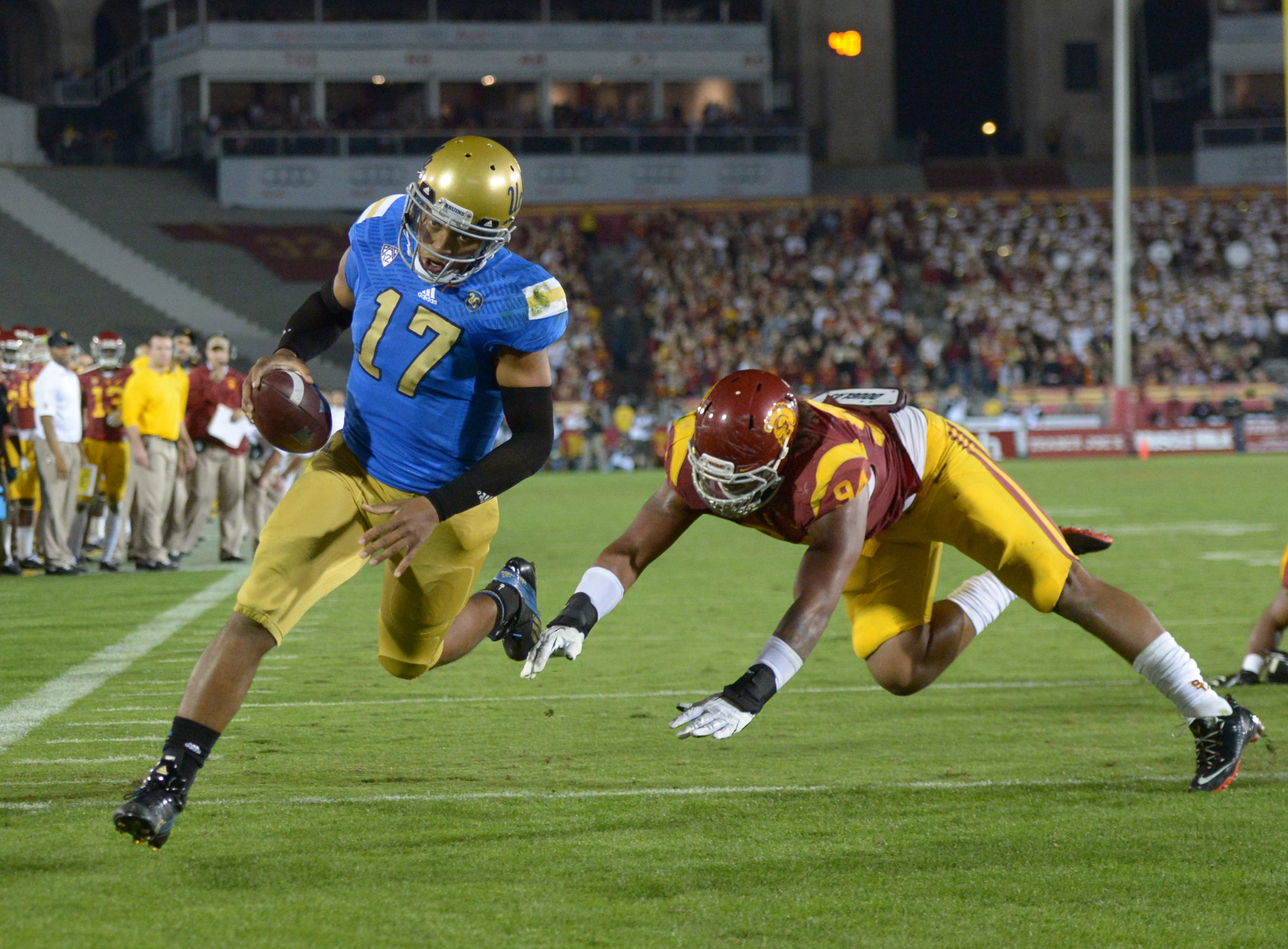 There's no doubt that Hundley is the best QB the Bruins have had since Cade.