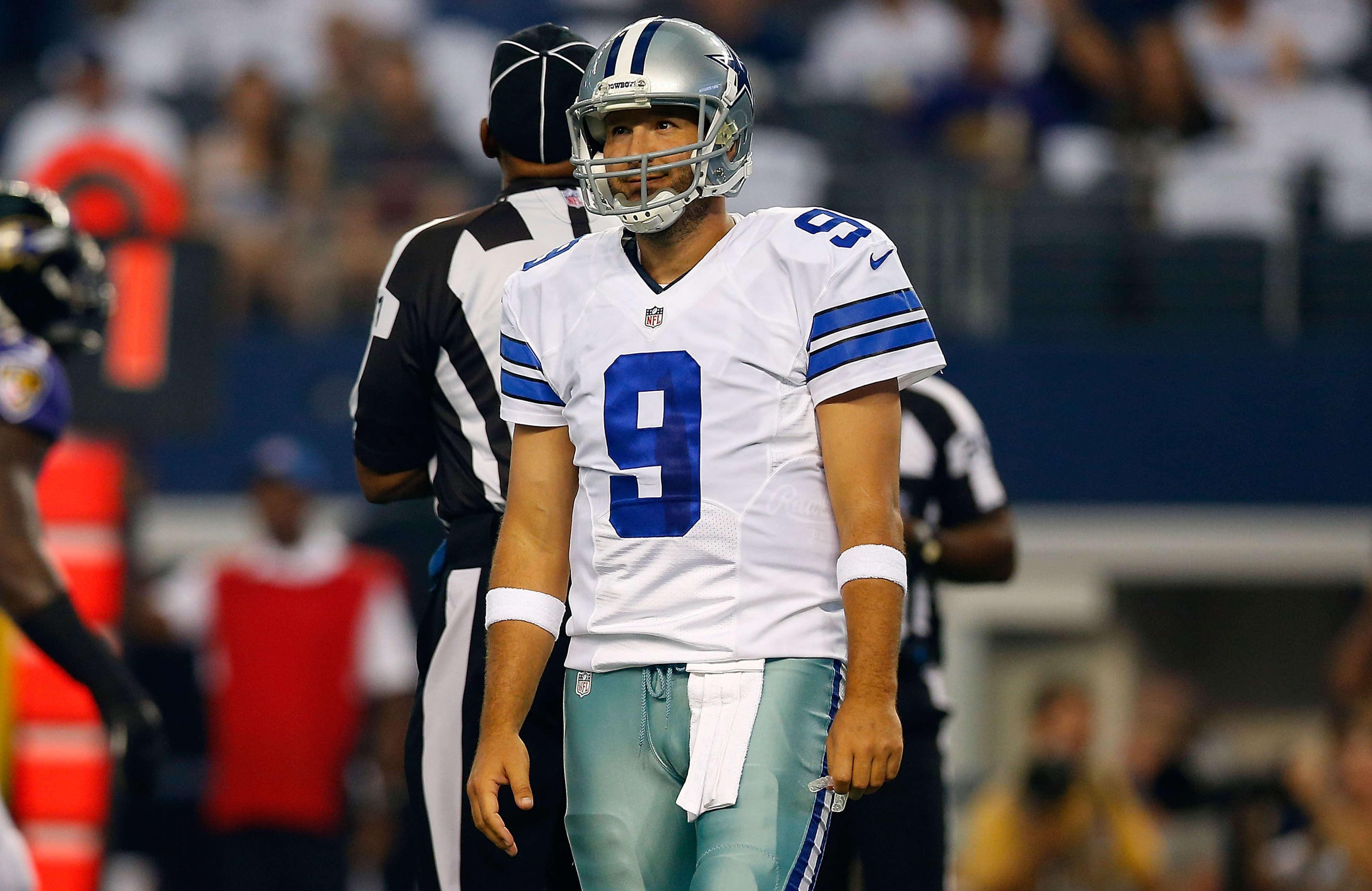Cowboys fans banned from Chicago bar for saying 'F*ck you, Romo'