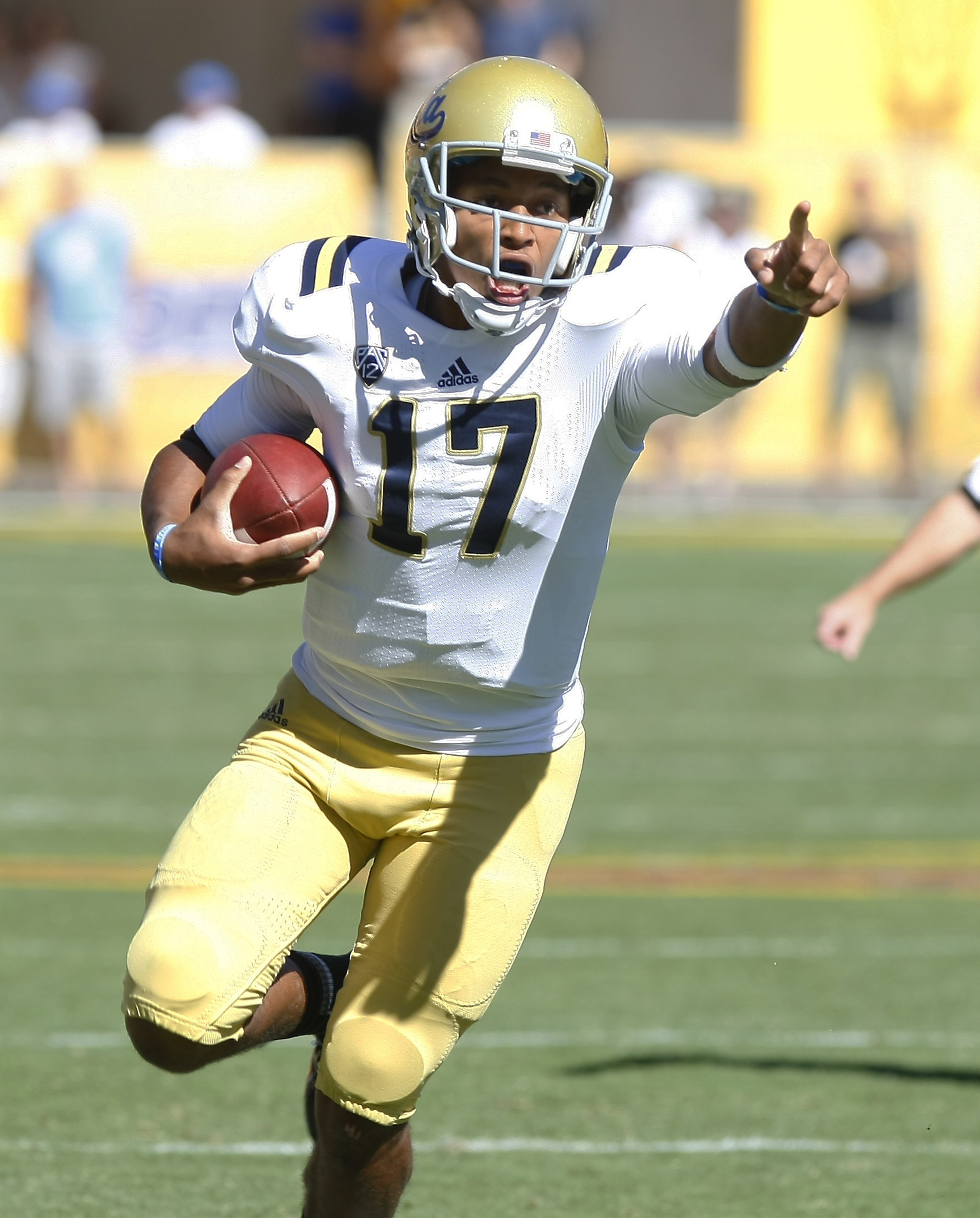 Brett Hundley and the Bruins take the first step of a very promising season.