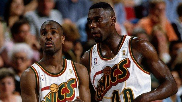 Payton (L) and Kemp (R) are stunned following the '96 Sonics Game 6 loss.
