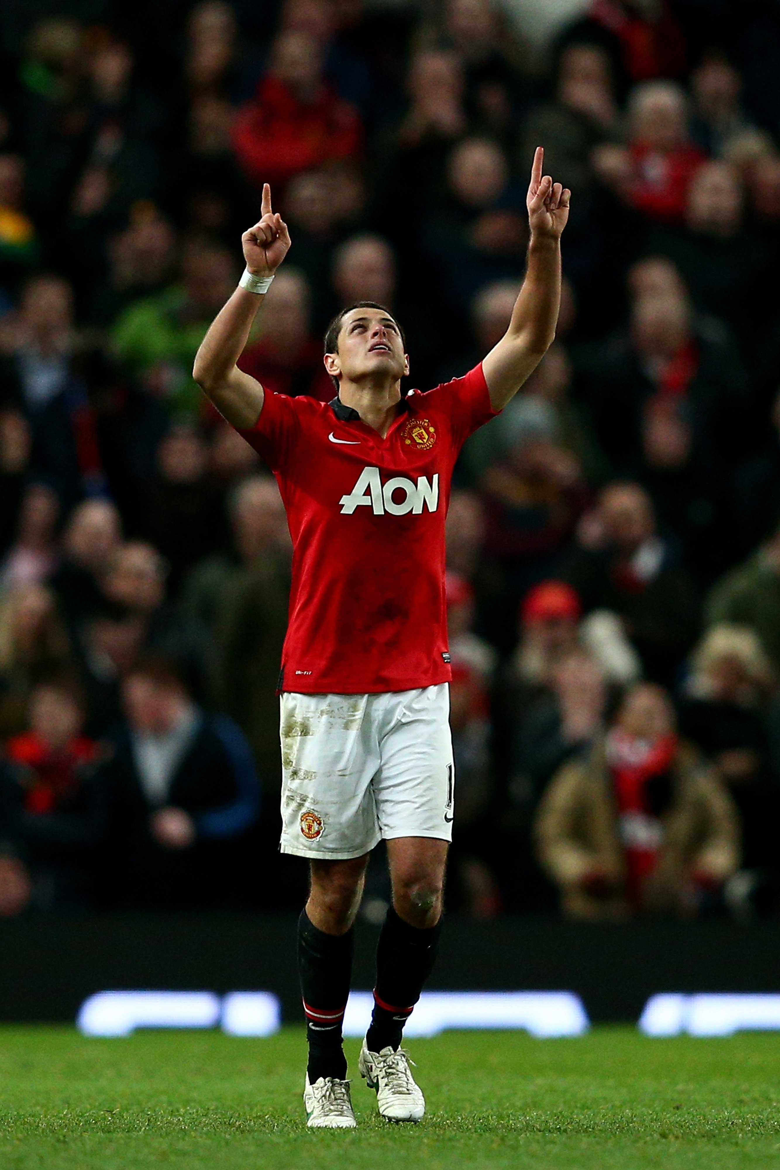 Real Madrid sign Javier Hernandez from Manchester United