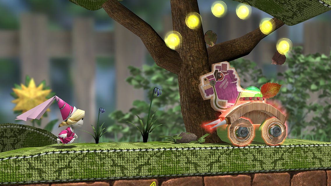Run Sackboy! Run! is a free LittleBigPlanet endless runner with unlockable perks