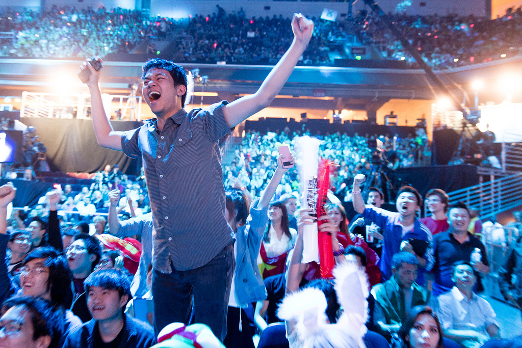 Finally understand what eSports is all about in this new League of Legends documentary