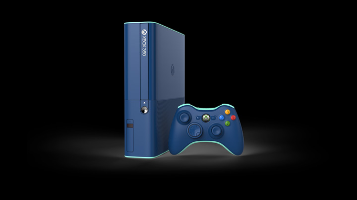 You can get this blue Xbox 360 in a Call of Duty bundle this fall (update)