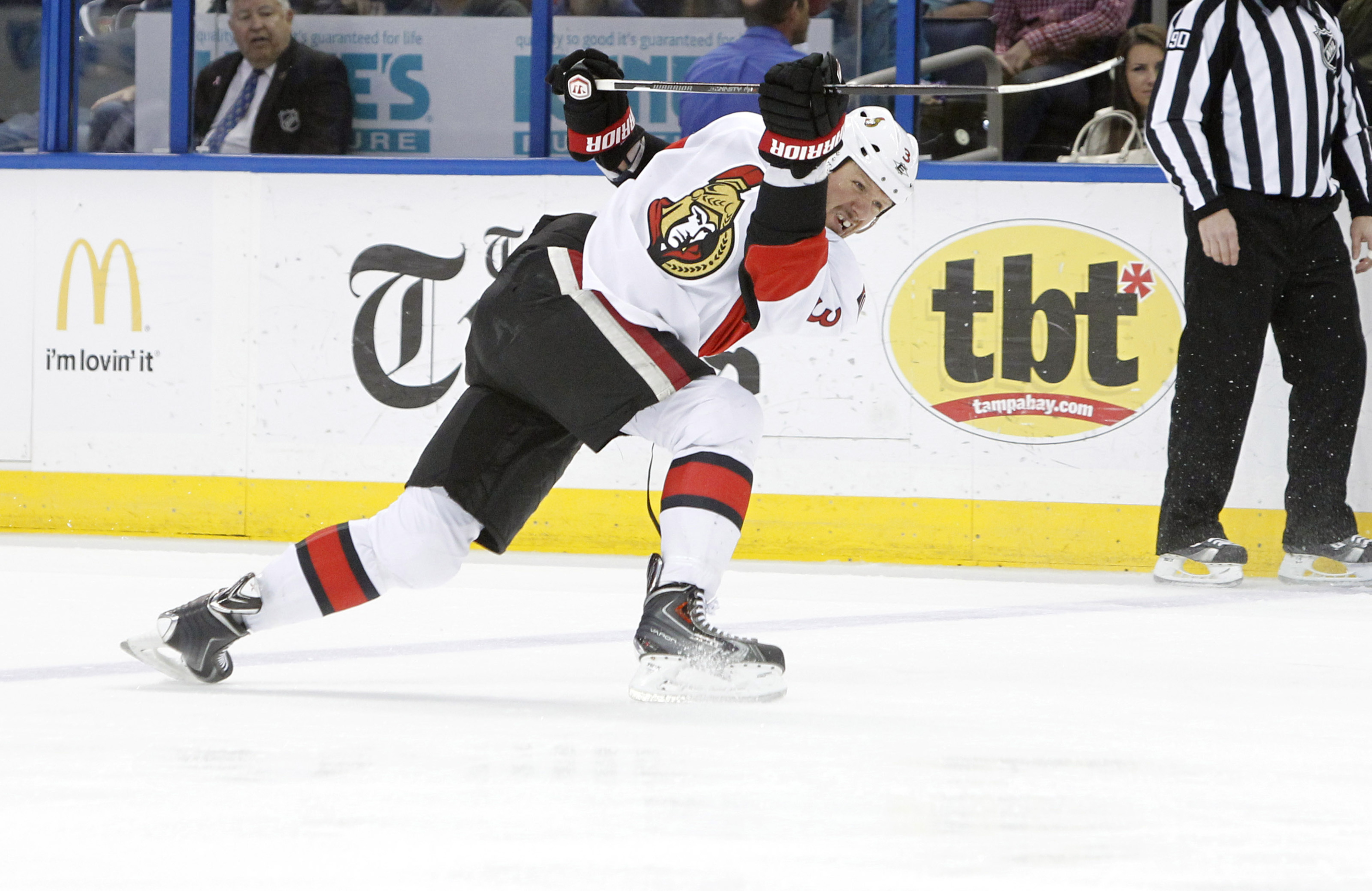 Marc Methot, practising for his post-retirement appearance on Battle of the Blades.