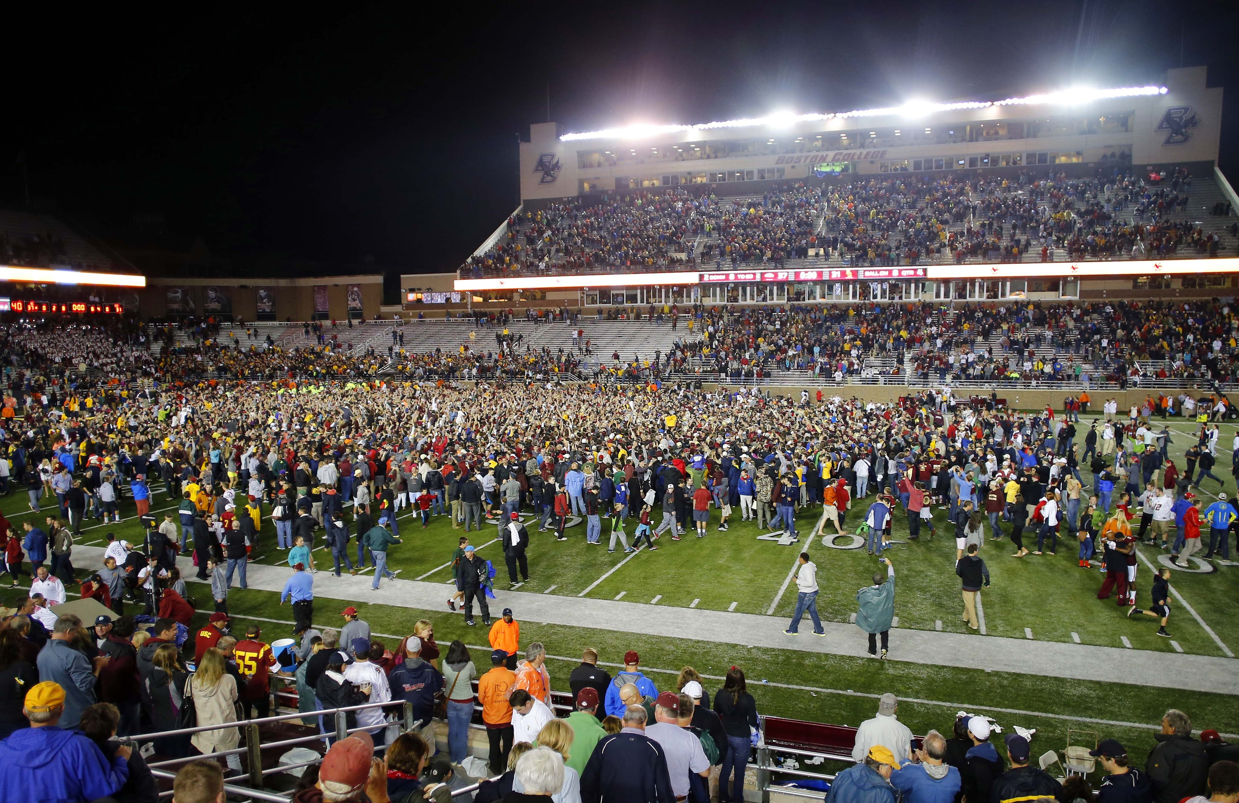 USC Fell To Boston College On Saturday, Resulting In This Scene Of Chaos After The Game.