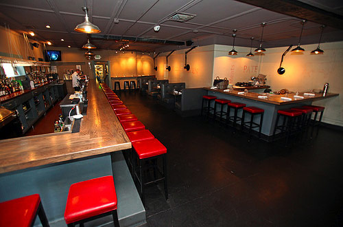 Lou's Food Bar