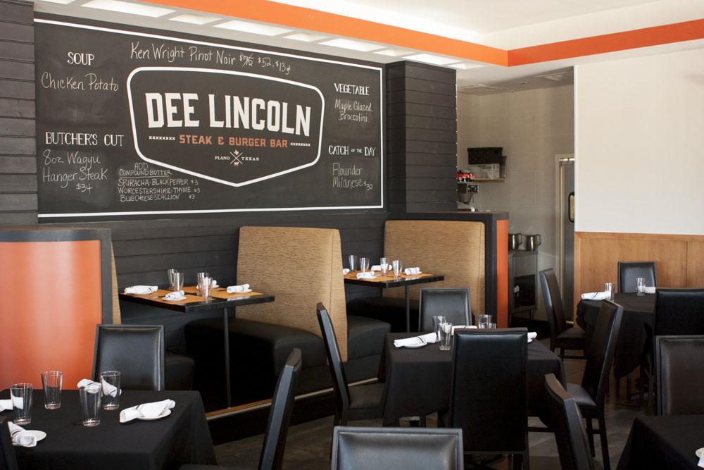 Dee Lincoln's Plano location.