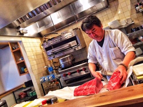Yama breaking down bluefin at Yamakase, West LA.